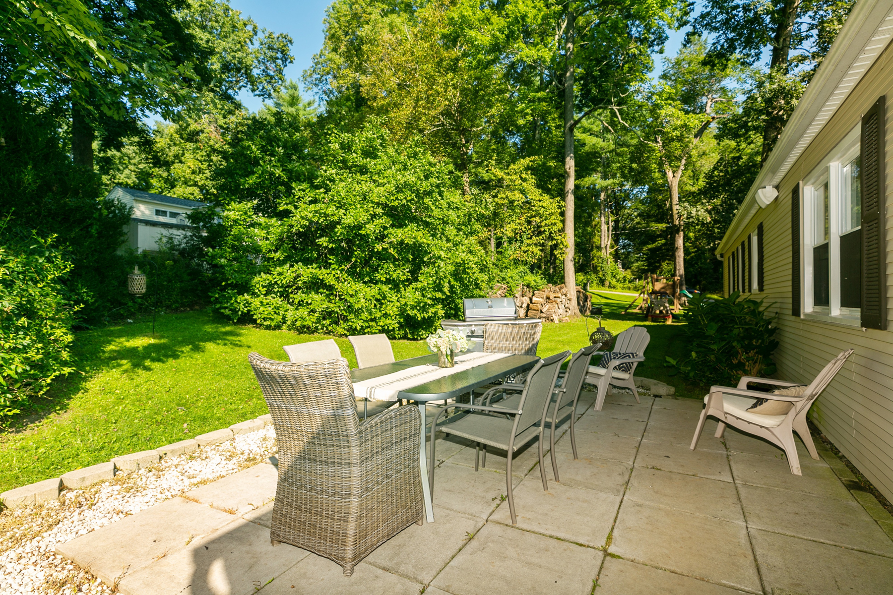 Additional photo for property listing at Woodland Ranch 8 Woodland Drive Brewster, New York 10509 United States