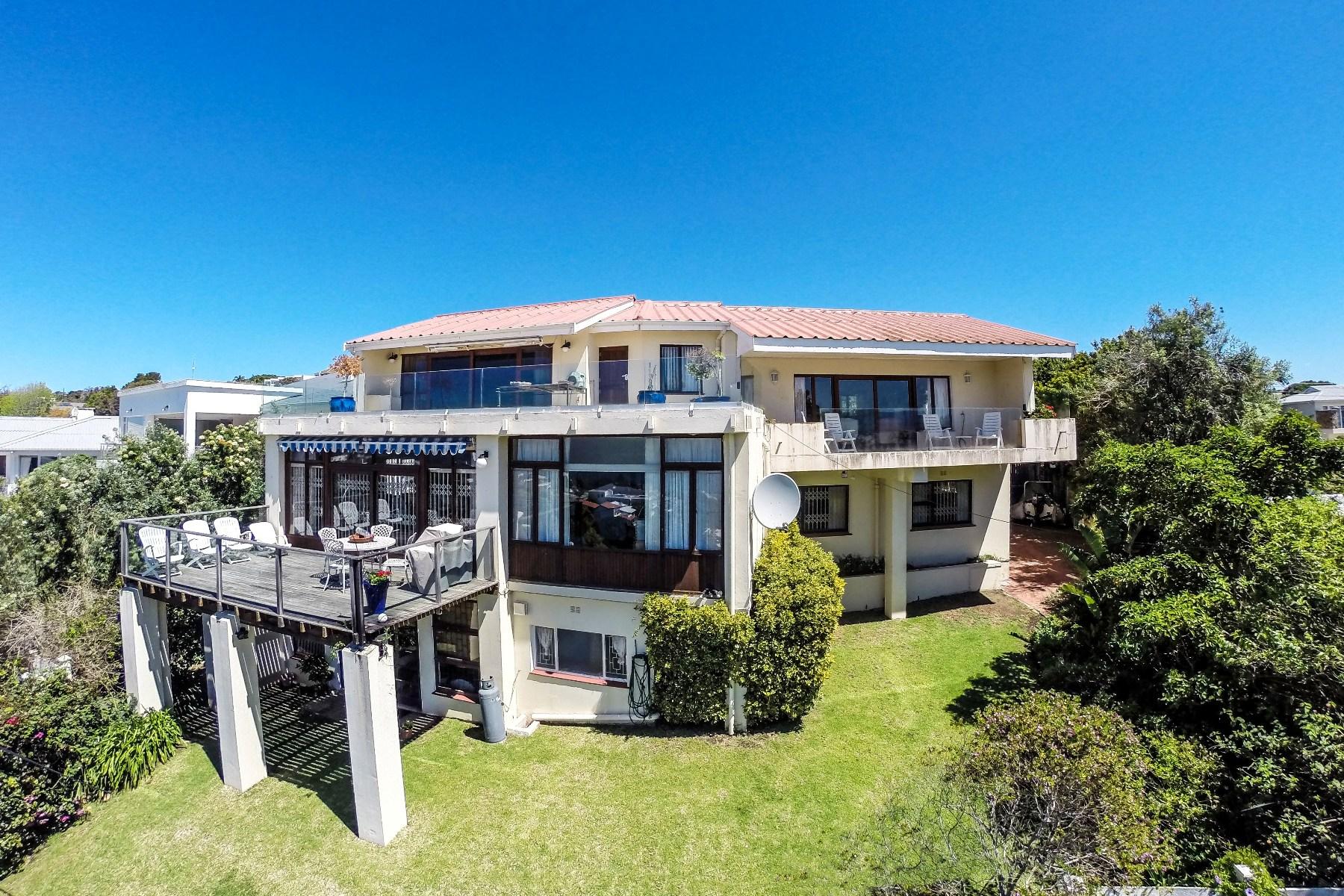 Casa para uma família para Venda às Old Plett panoramic sea view home Plettenberg Bay, Western Cape, 6600 África Do Sul