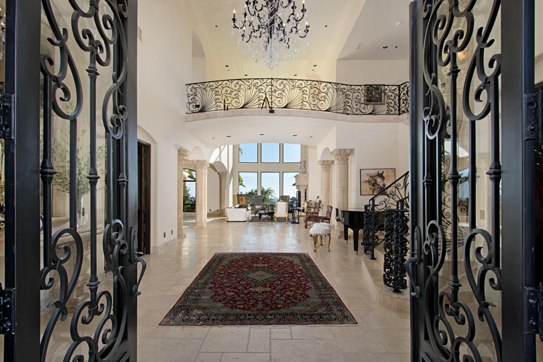 Villa per Vendita alle ore 18233 Via Ambiente Rancho Santa Fe, California, 92067 Stati Uniti