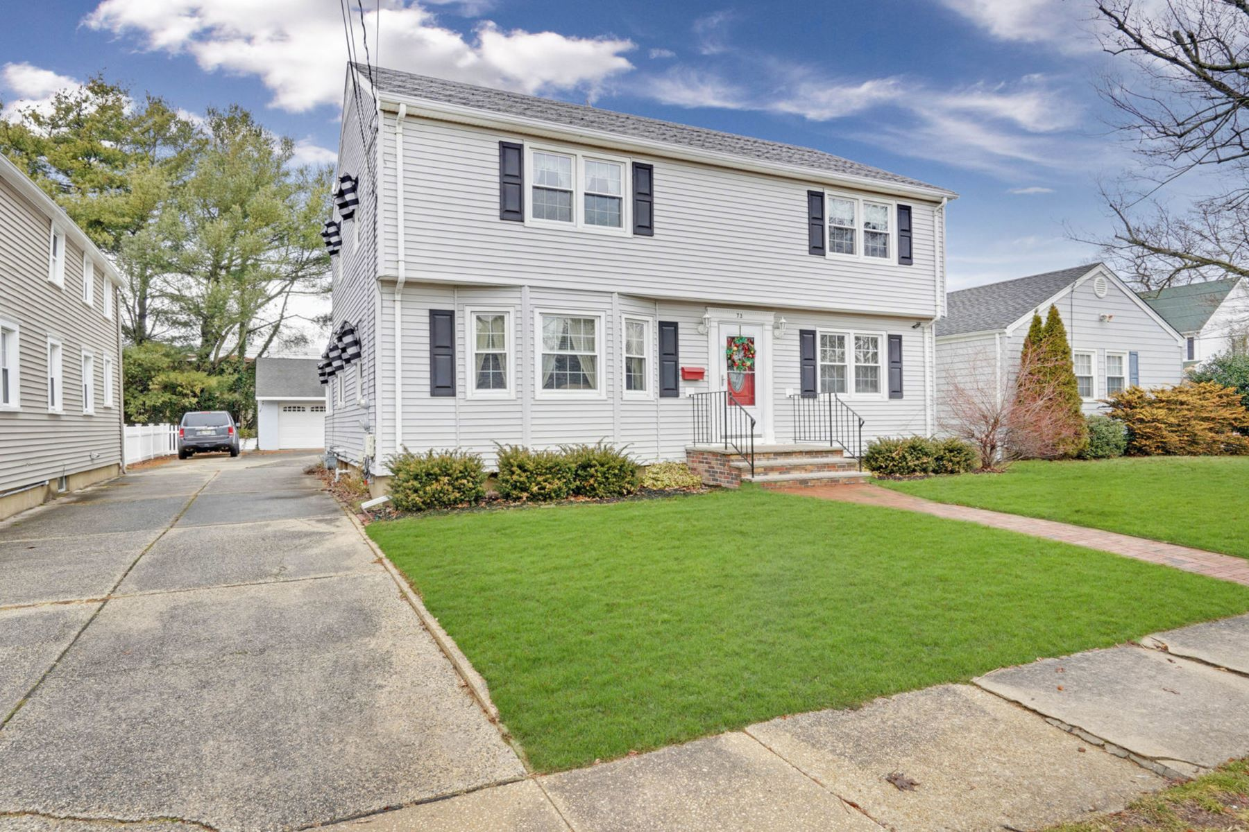 single family homes para Venda às Mother/Daughter Home 73 Pearce Avenue, Manasquan, Nova Jersey 08736 Estados Unidos