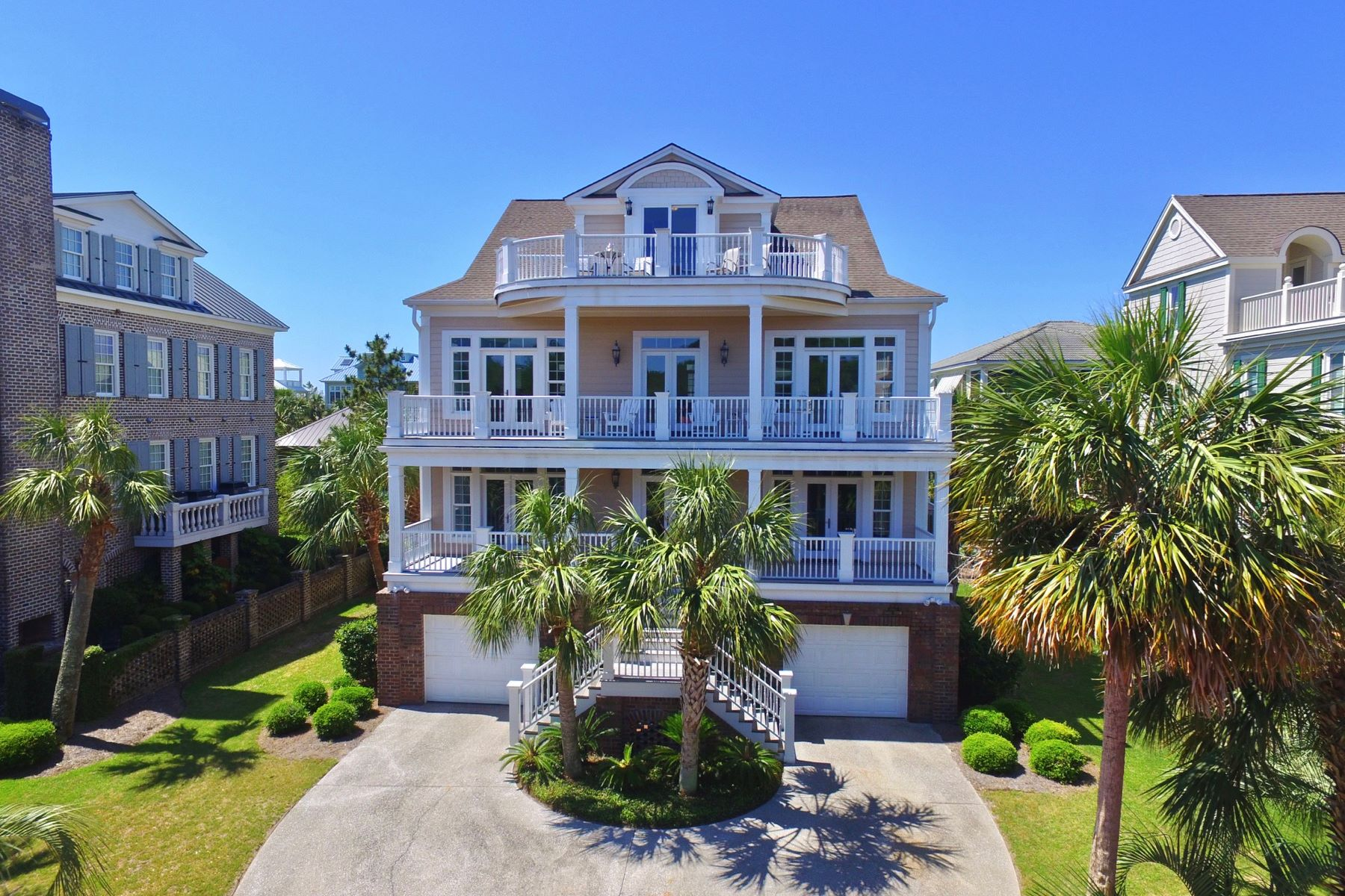 Single Family Home for Sale at 41 Beachwalker Court, Georgetown, SC 29440 41 Beachwalker Court, Georgetown, South Carolina 29440 United States