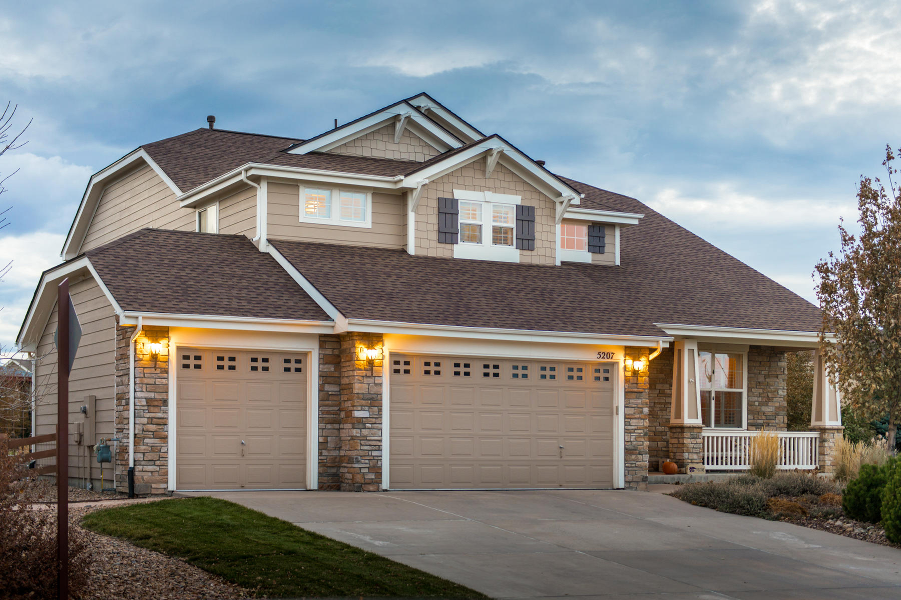 Single Family Home for Active at Gracious Colorado living at its finest! 5207 Denim Ct Parker, Colorado 80134 United States