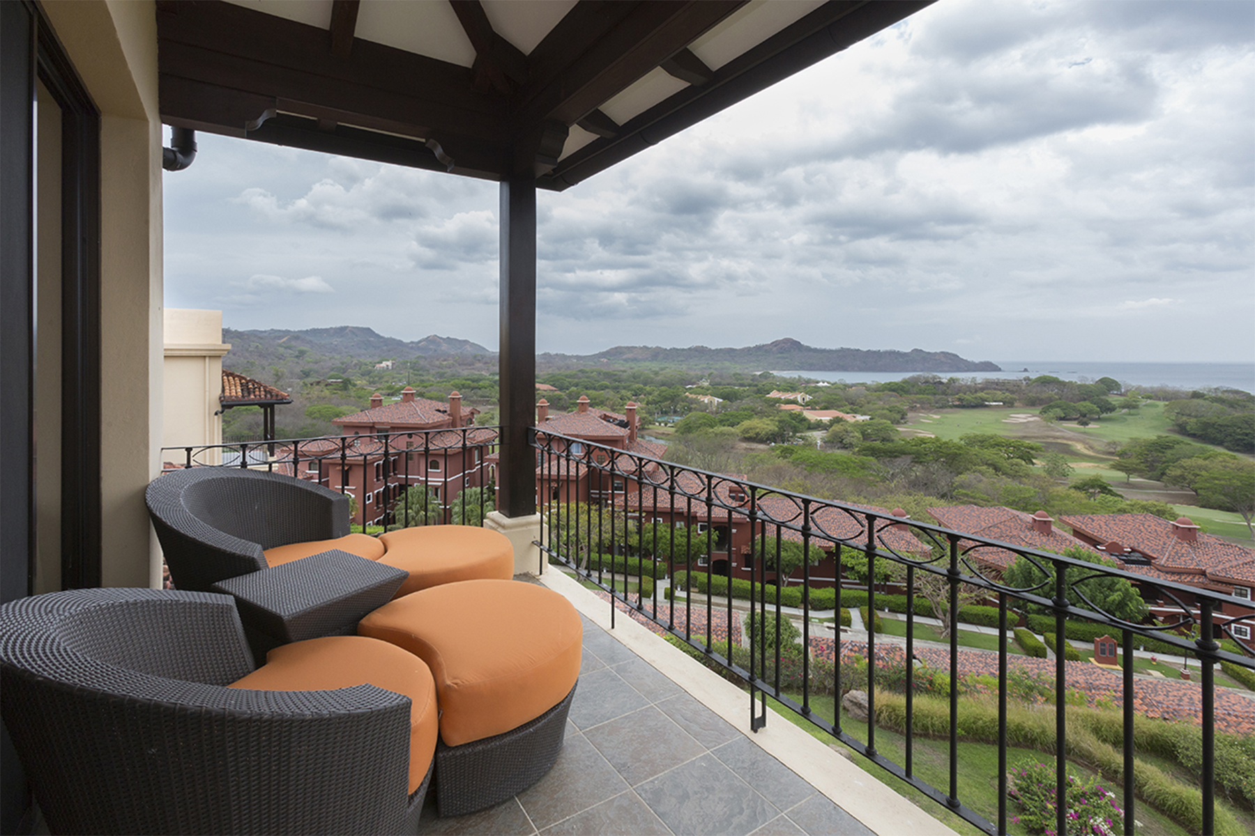 Additional photo for property listing at Malinche 49A  Reserva Conchal, Guanacaste 50308 Costa Rica