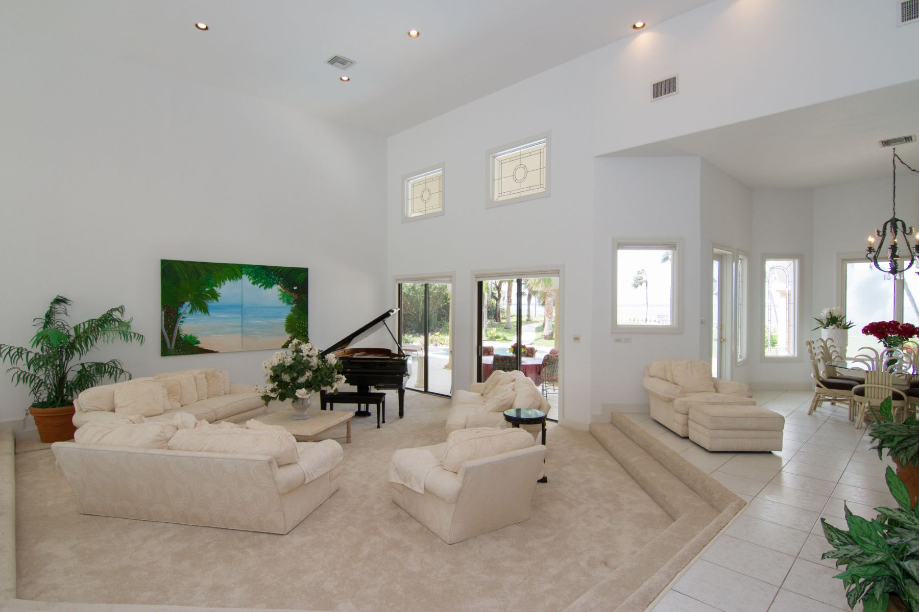 Single Family Home for Rent at Luxurious ocean front villa West Bay, Cayman Islands