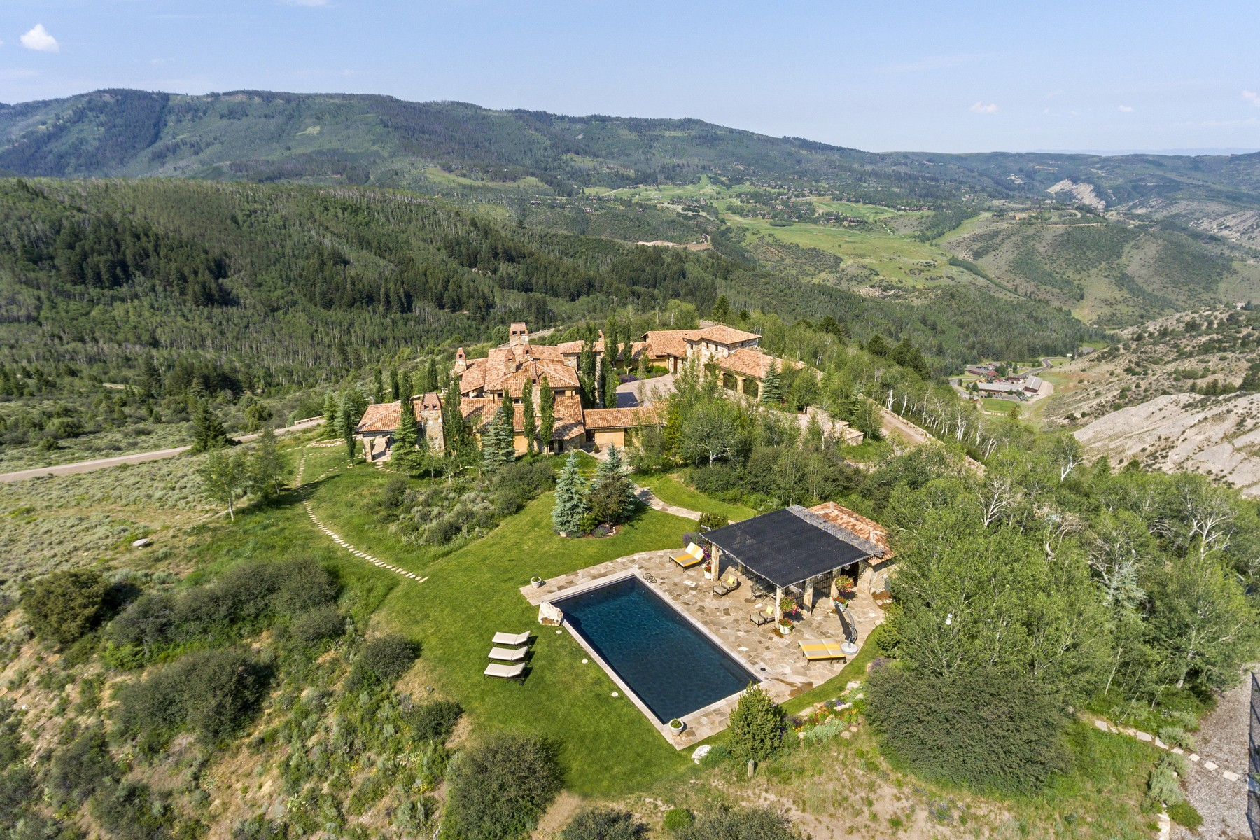 Additional photo for property listing at Luxury Vail Valley Estate 1548 Via La Favorita Edwards, Colorado 81632 United States