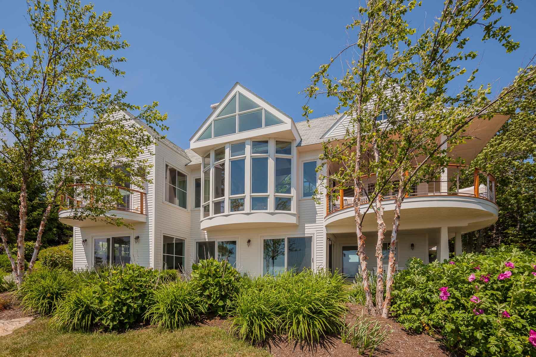 Casa Unifamiliar por un Venta en 14 Central Avenue Boothbay Harbor, Maine 04538 Estados Unidos