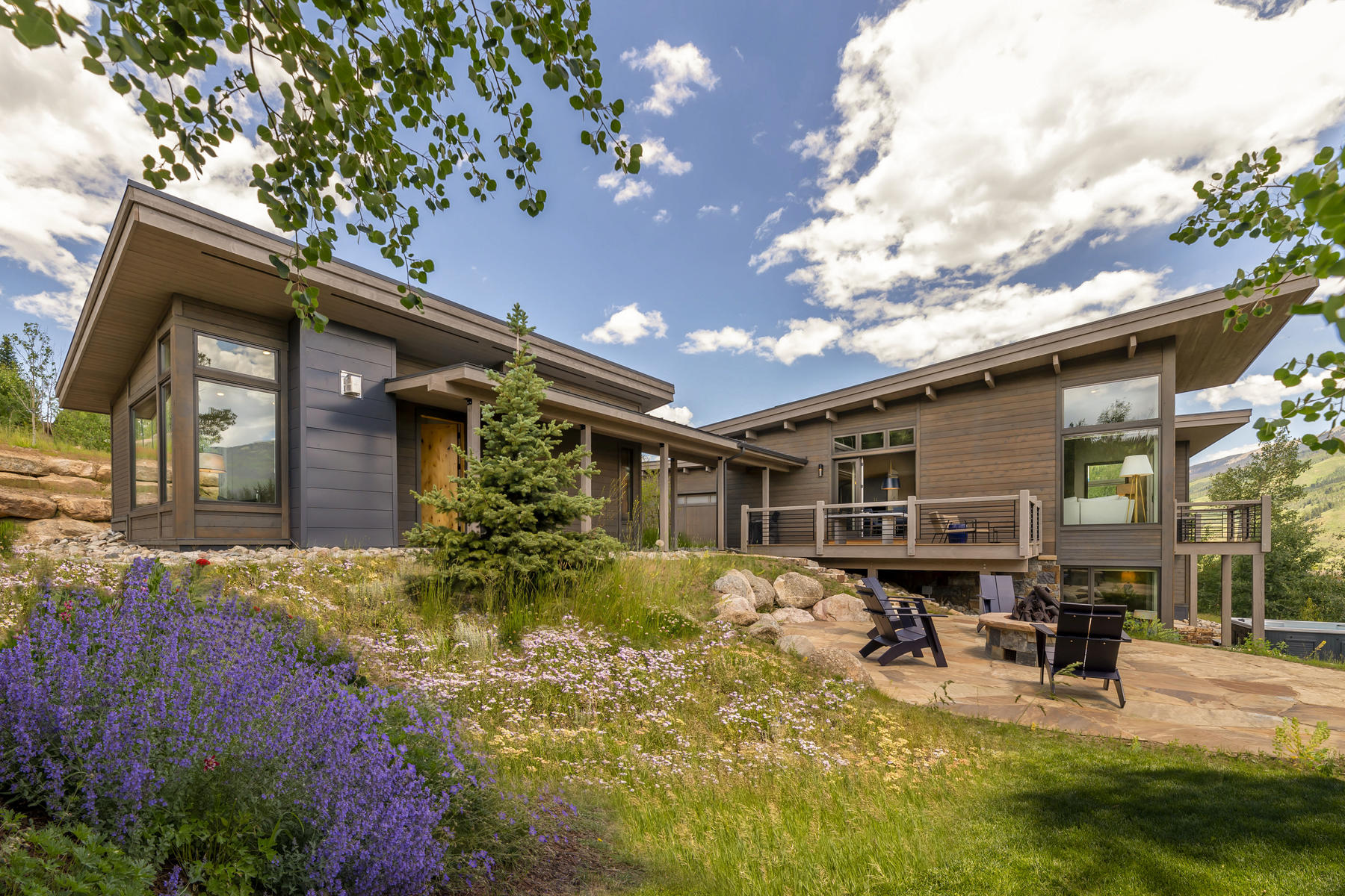 Single Family Homes 為 出售 在 Summit Sky Ranch 358 Maryland Creek Road, Silverthorne, 科羅拉多州 80498 美國