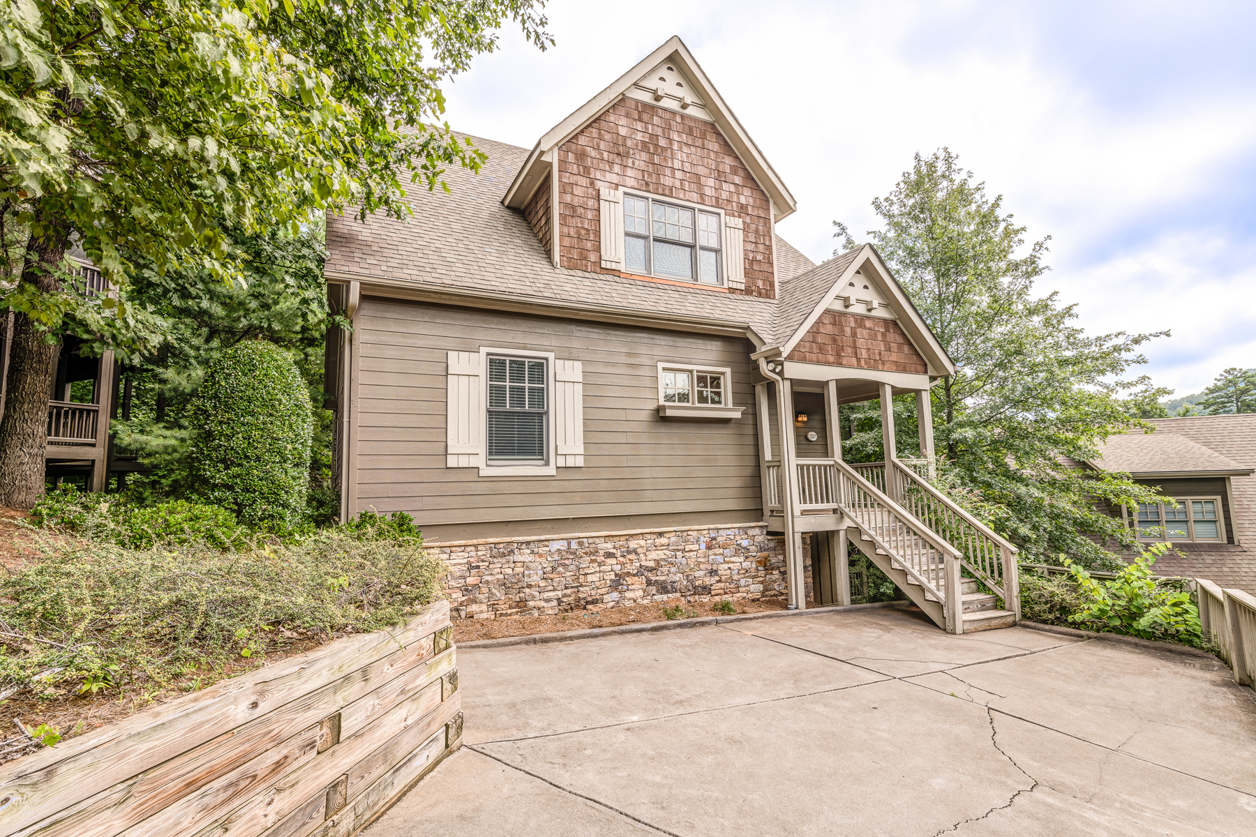 Single Family Home for Sale at Big Canoe Is A Mountain Community For A Perfect Getaway 9 Laurel Ridge Way Big Canoe, Georgia 30143 United States