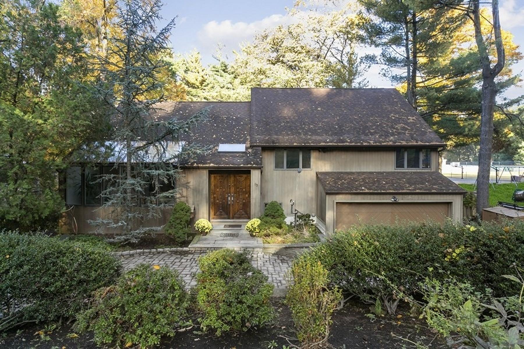 Single Family Homes pour l Vente à East Hill 63 Leroy St, Tenafly, New Jersey 07670 États-Unis