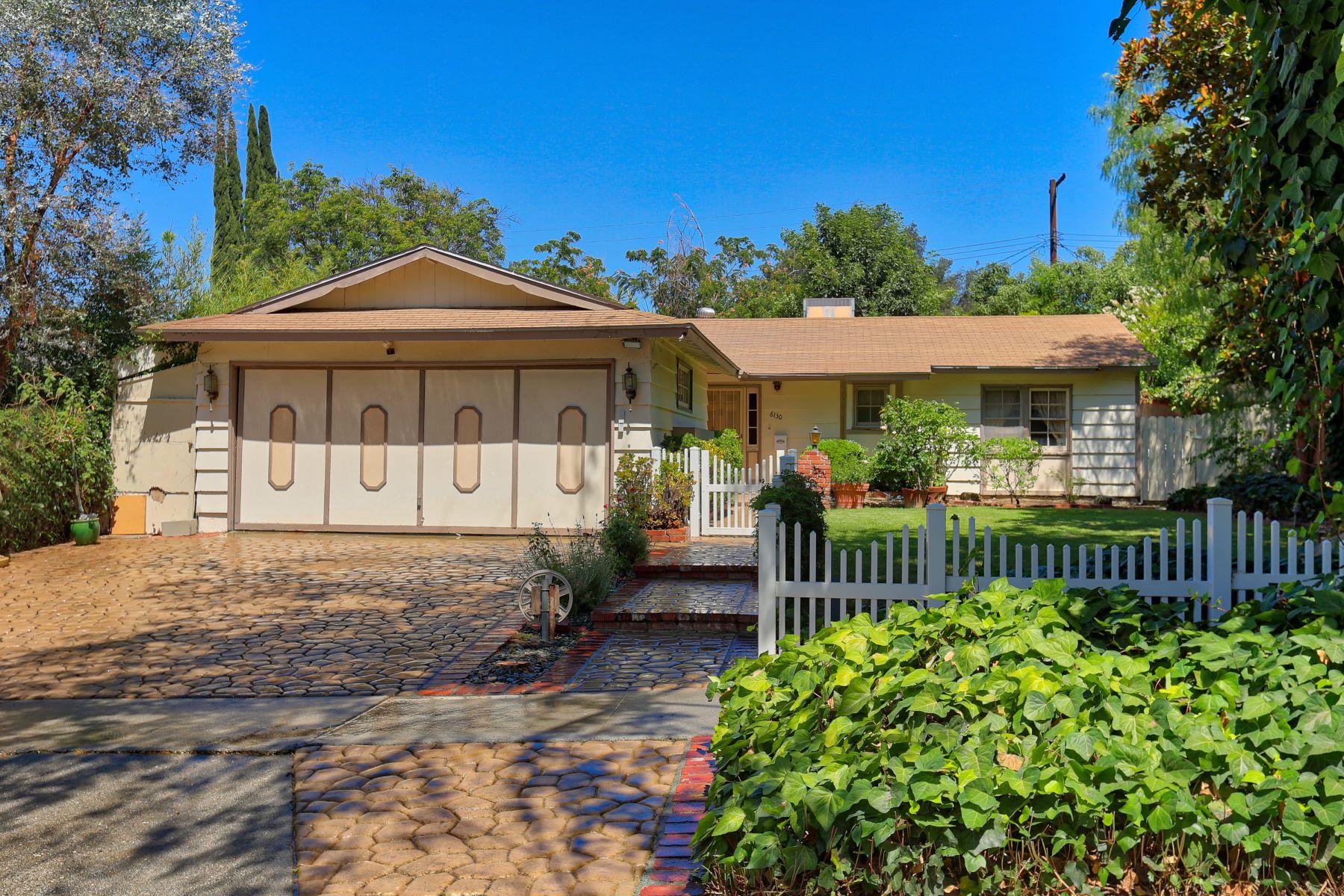 Single Family Home for Sale at 6130 Lederer Avenue Woodland Hills, California, 91367 United States