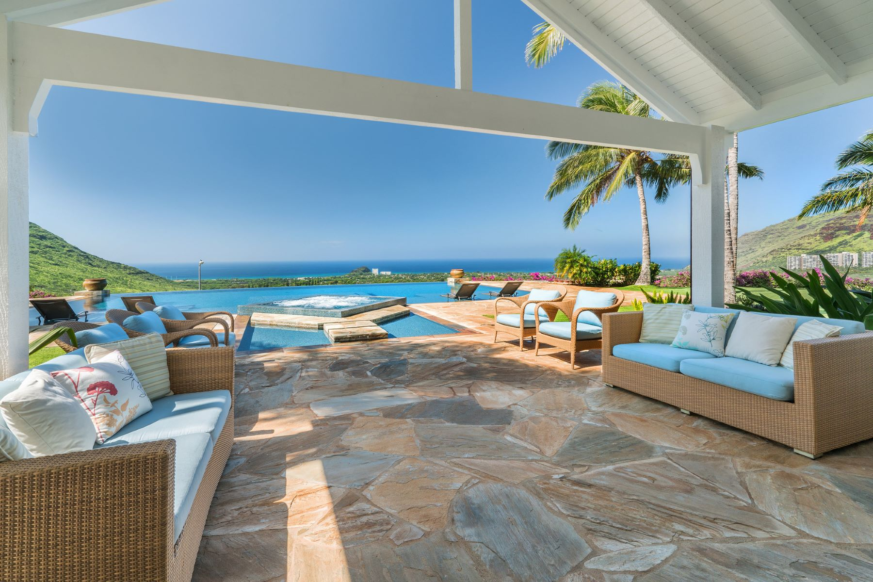 Tek Ailelik Ev için Satış at Award Winning Private Estate with Ocean Views 84-870 Alahele Street Waianae, Hawaii 96792 Amerika Birleşik Devletleri