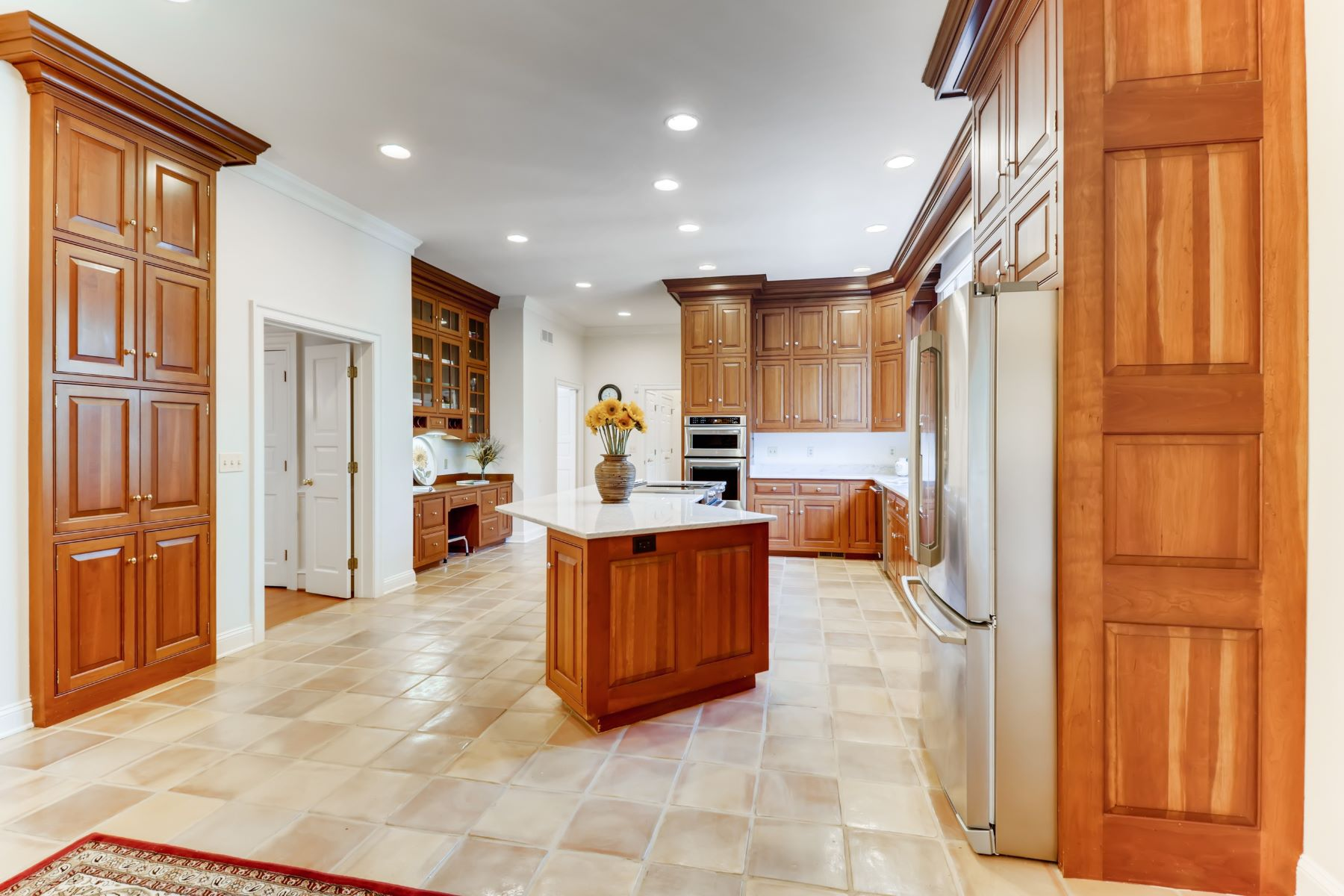 Additional photo for property listing at Remarkable Custom Built Home 4 Laurelford Court, Cockeysville, Maryland 21030 Estados Unidos