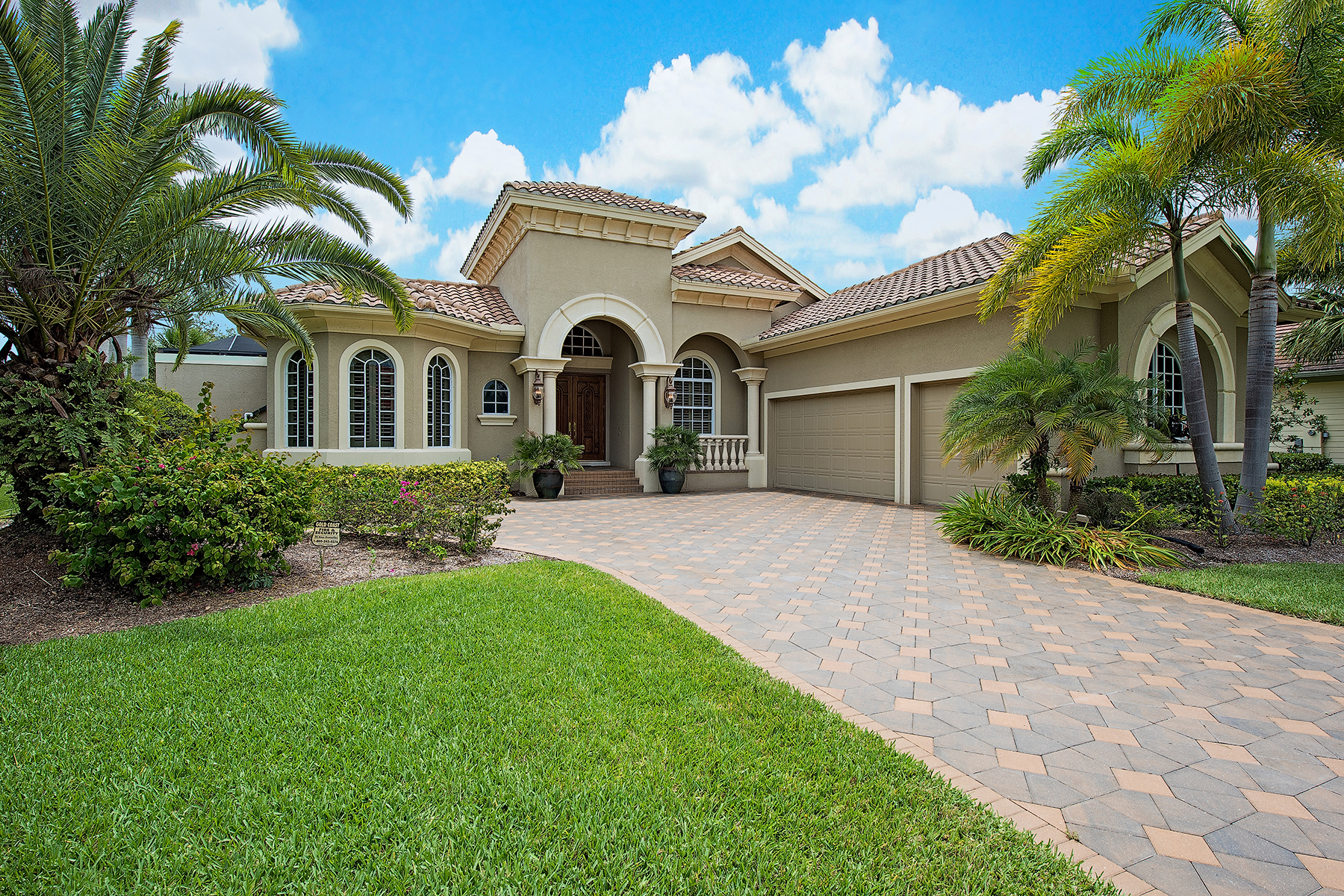 Single Family Homes for Sale at VERANDAH - SANCTUARY POINT 3321 Sanctuary Point Fort Myers, Florida 33905 United States
