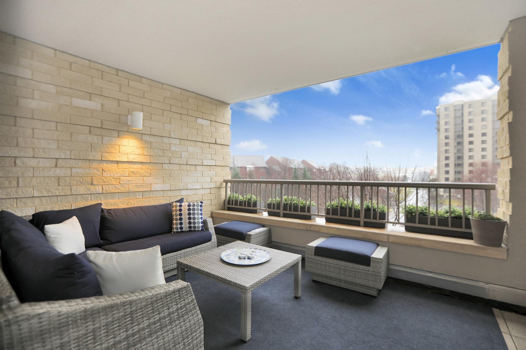 Condominiums για την Πώληση στο The Watermark 8100 River Road, Unit 301, North Bergen, Νιου Τζερσεϋ 07047 Ηνωμένες Πολιτείες