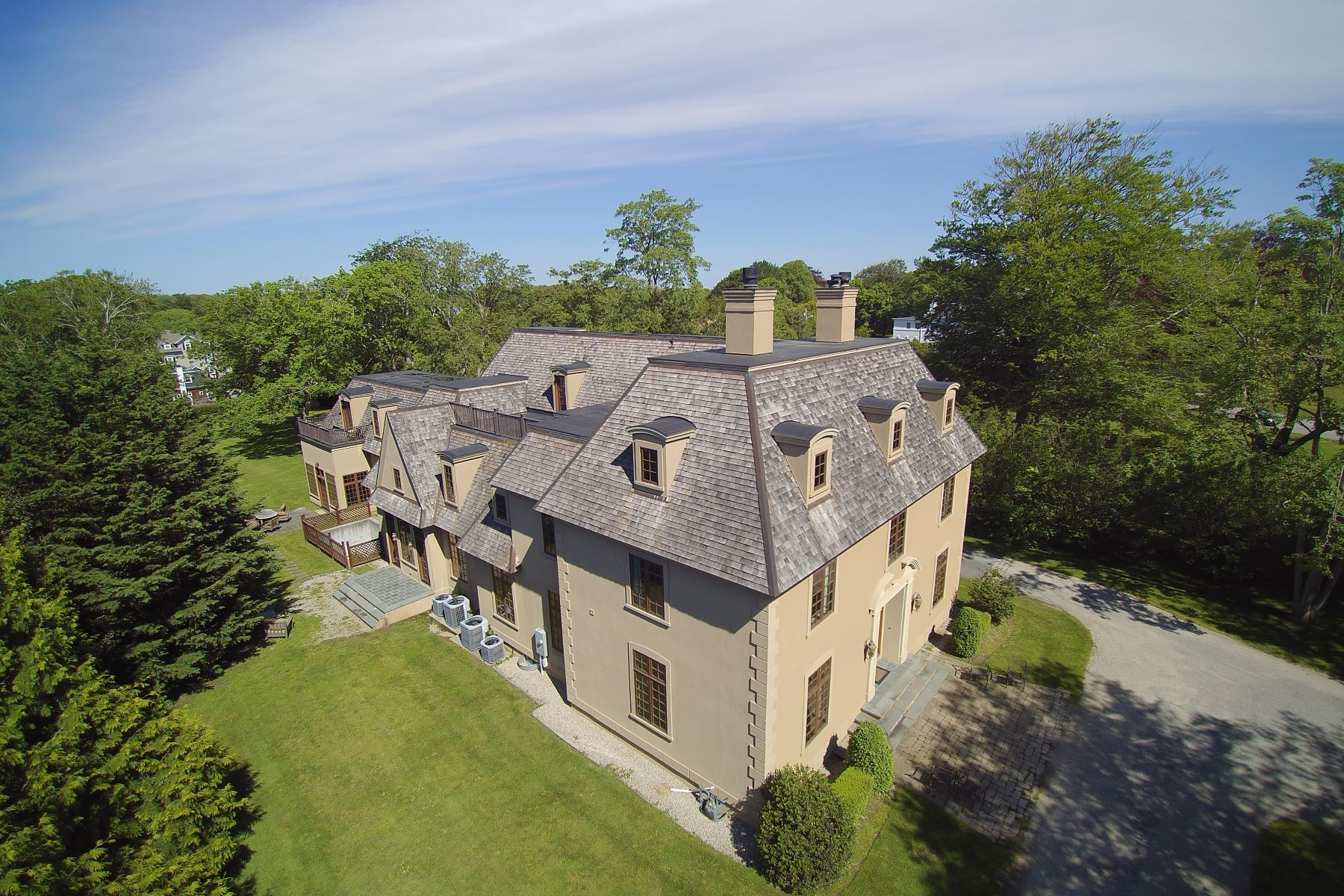 Additional photo for property listing at On Famed Bellevue Avenue 529 Bellevue Avenue Newport, Rhode Island 02840 United States