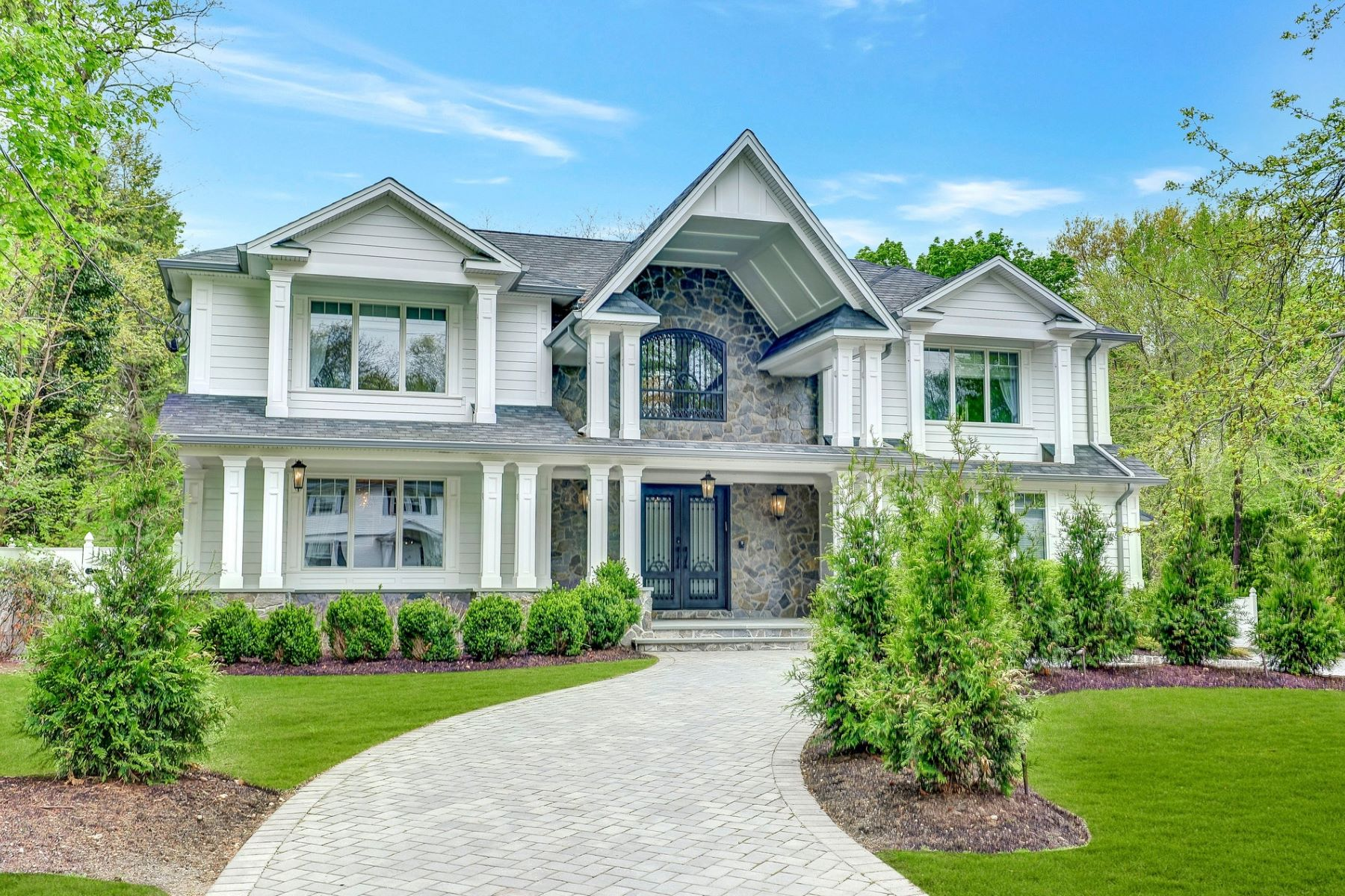 Single Family Homes للـ Sale في Luxury Lifestyle 53 Orchard Road, Demarest, New Jersey 07627 United States