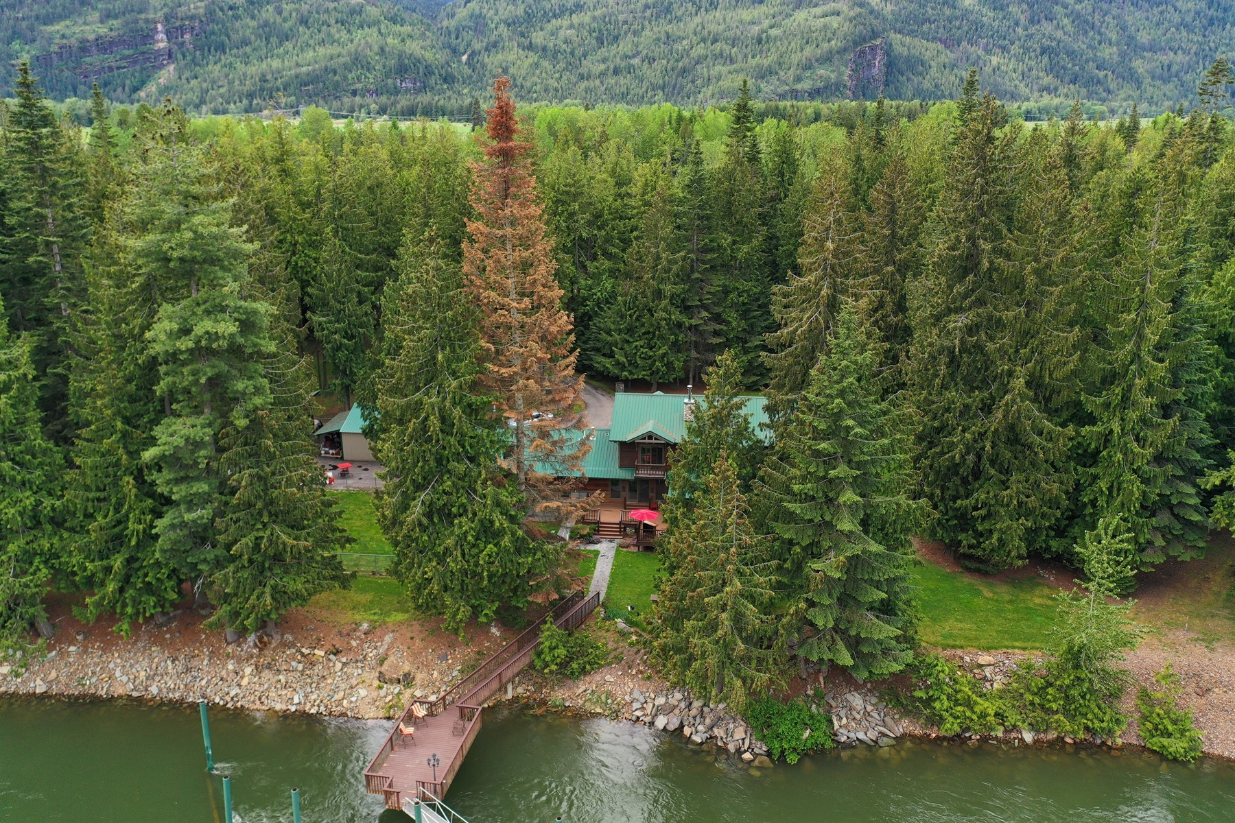 Single Family Homes for Sale at Clark Fork River Sanctuary 469 N River Lake Drive Clark Fork, Idaho 83811 United States