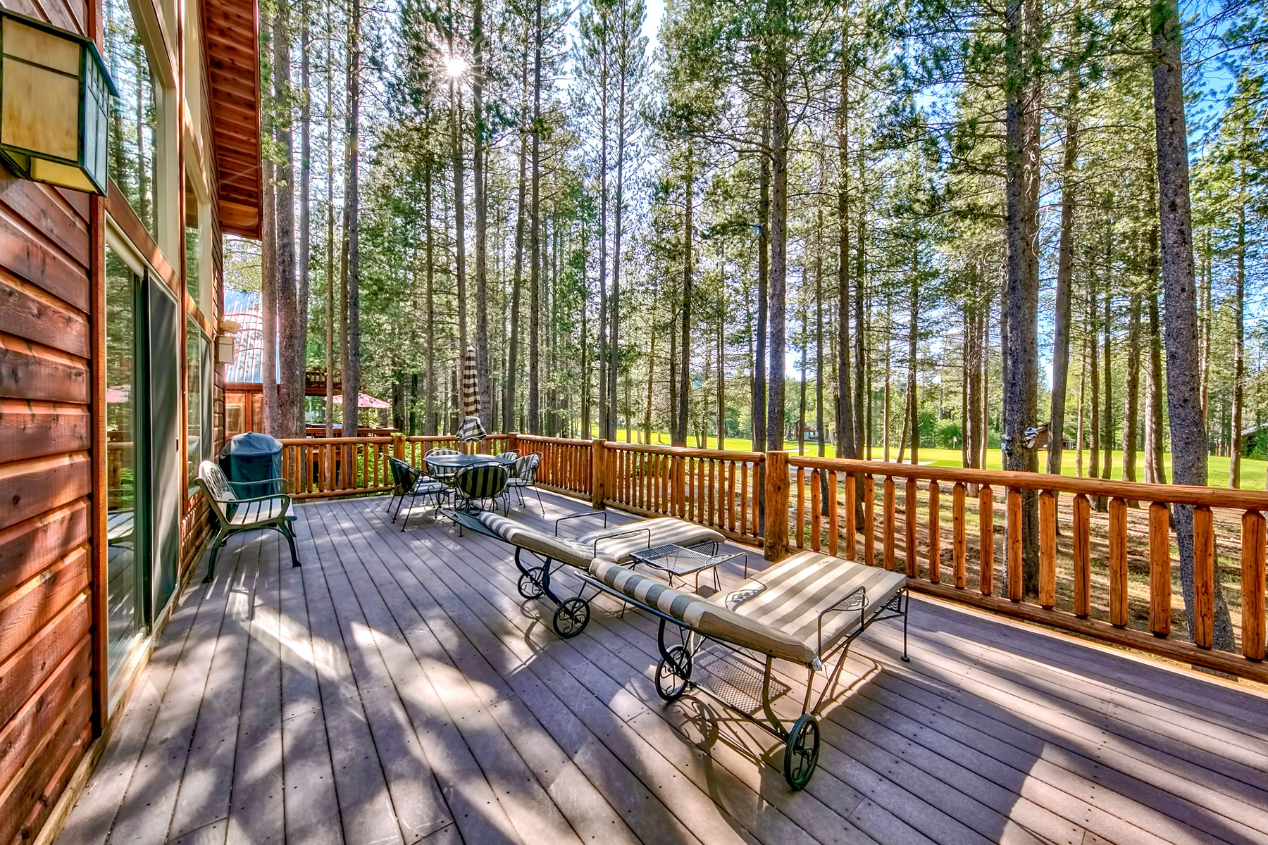 Additional photo for property listing at 14508 Davos Drive, Truckee, CA 14508 Davos Dr. Truckee, California 96161 United States