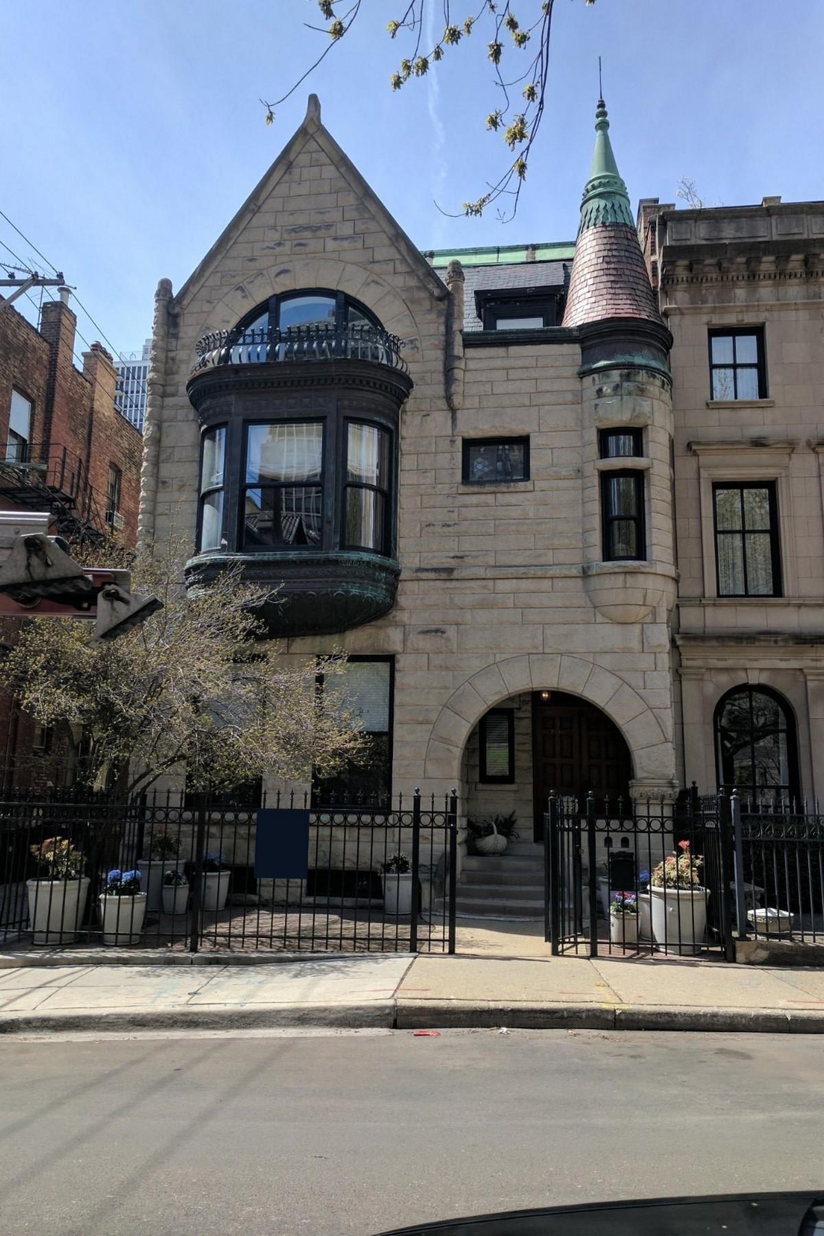 Tek Ailelik Ev için Satış at Architecturally wonderful Gold Coast home 1248 N Astor Street Near North Side, Chicago, Illinois, 60610 Amerika Birleşik Devletleri
