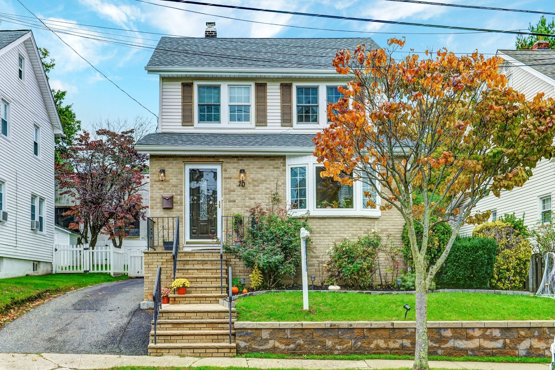 Single Family Home for Sale at Side Hall Colonial 70 Beverly Road, Oradell, New Jersey 07649 United States