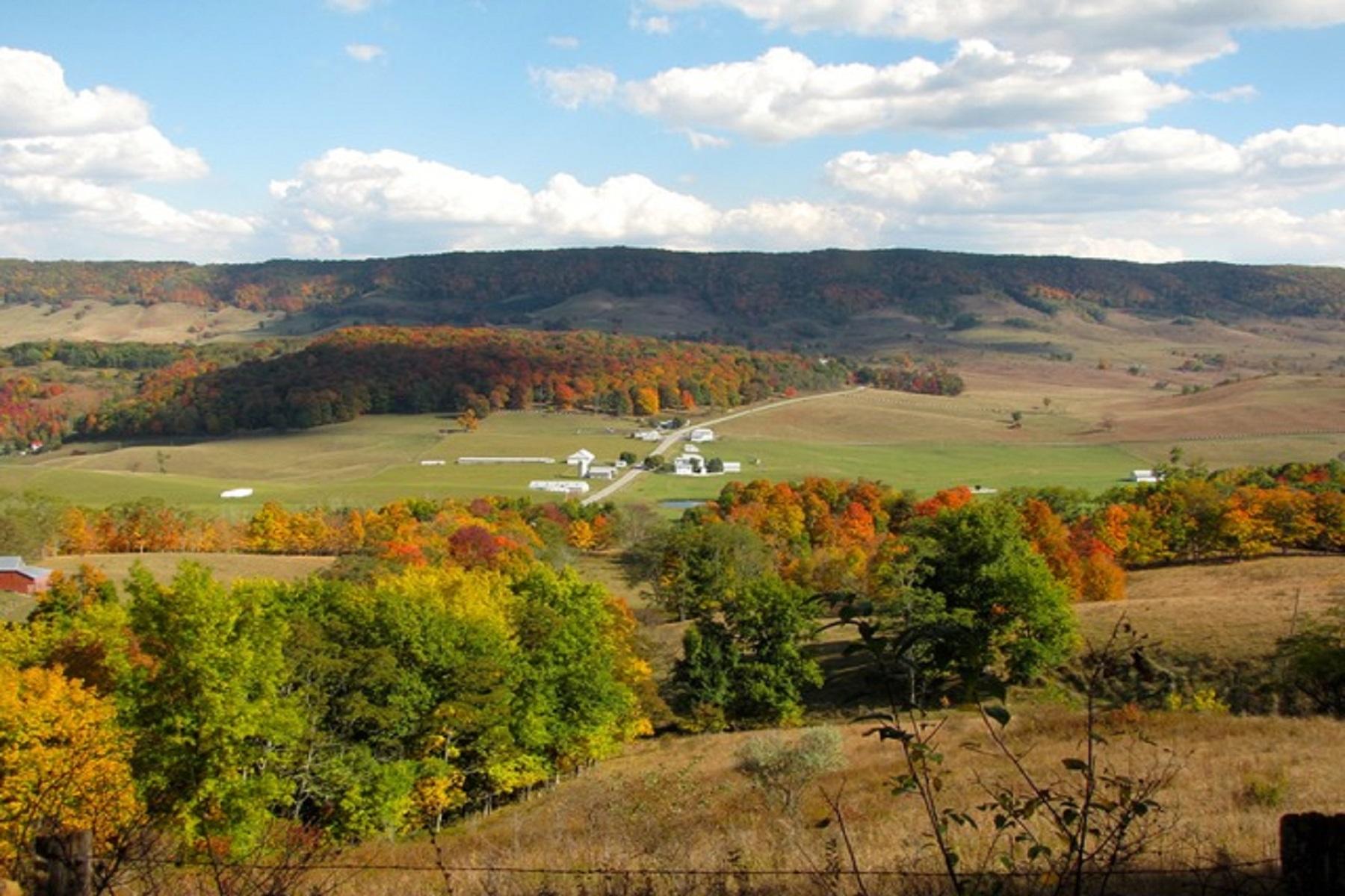 Ferme / Ranch / Plantation pour l Vente à Dividing Waters Farm 5573 Mountain Tpke Monterey, Virginia 24465 États-Unis