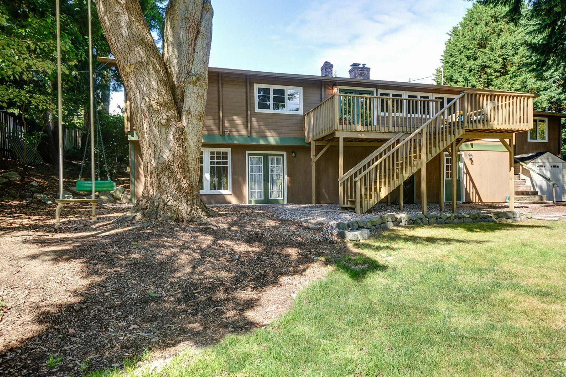 Additional photo for property listing at Rose Hill Remodel 9330 132nd Ave NE Redmond, Washington 98052 United States