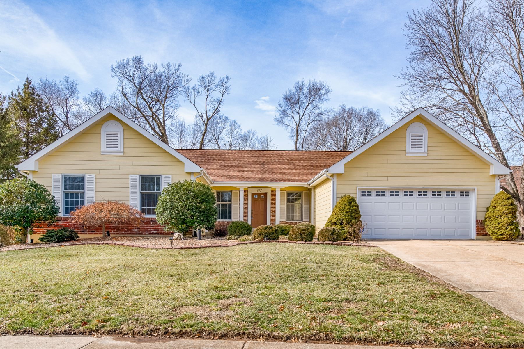 Single Family Home for Sale at Jumper Hill Ct 417 Jumper Hill Ct Chesterfield, Missouri 63017 United States