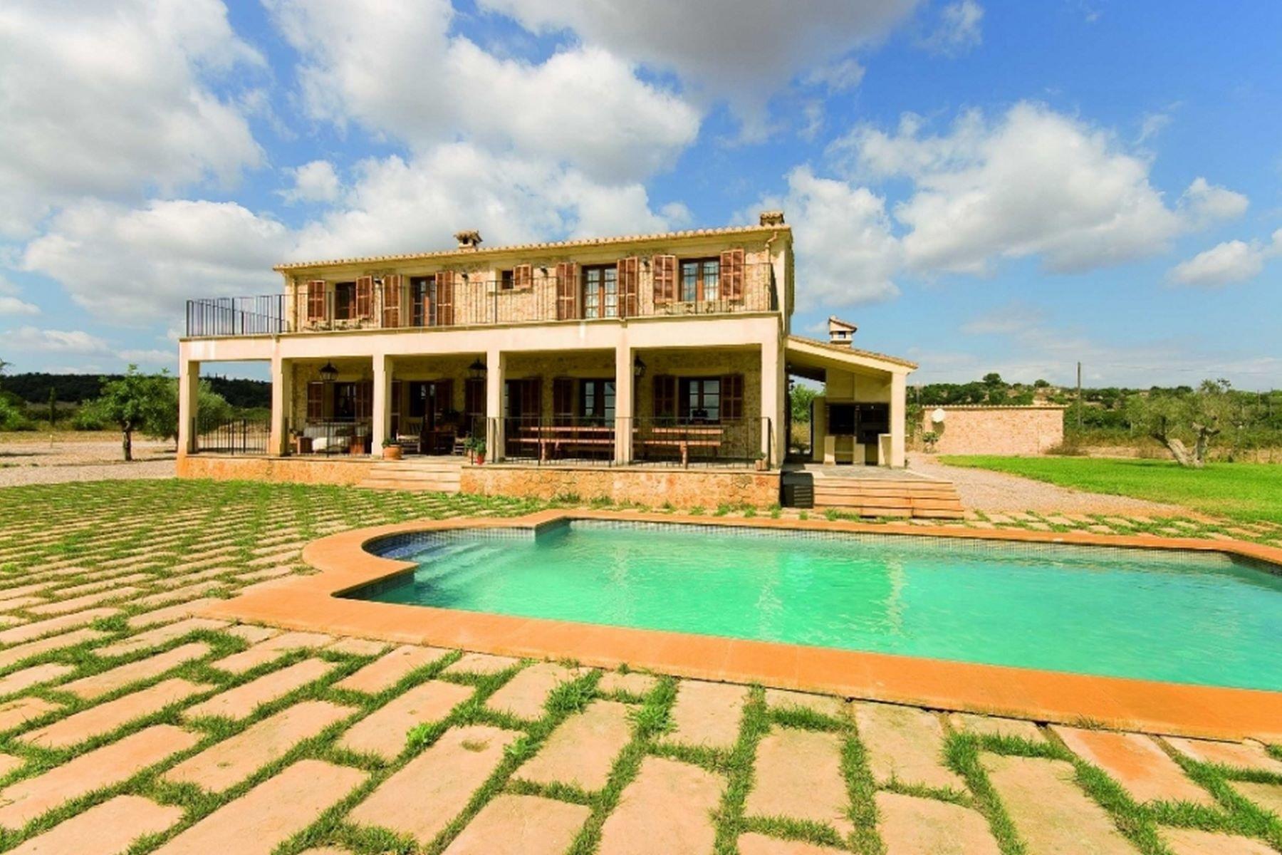 단독 가정 주택 용 매매 에 Rustic finca with guest house in Sineu Sineu, 말로카, 스페인