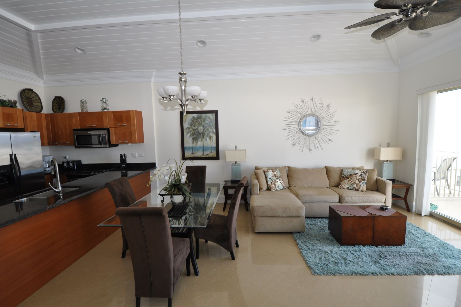 Additional photo for property listing at Columbus Cove Penthouse Unit, Love Beach Columbus Cove, Love Beach, Nassau And Paradise Island Bahamas