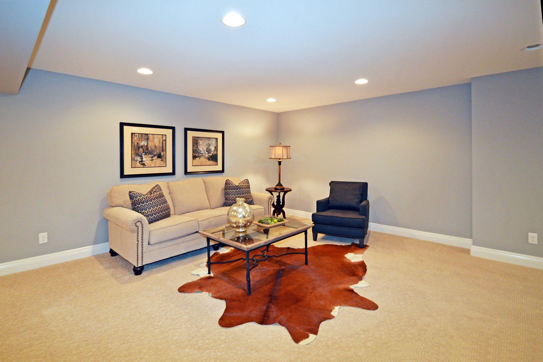 Additional photo for property listing at Creekside Pointe 4024 Creekside Poine 9415 Plainfield Rd Cincinnati, Ohio 45236 Estados Unidos