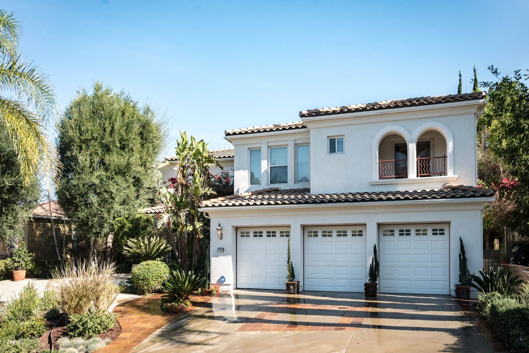 Single Family Home for Sale at 7412 Dorie Drive 7412 Dorie Drive West Hills, California 91307 United States