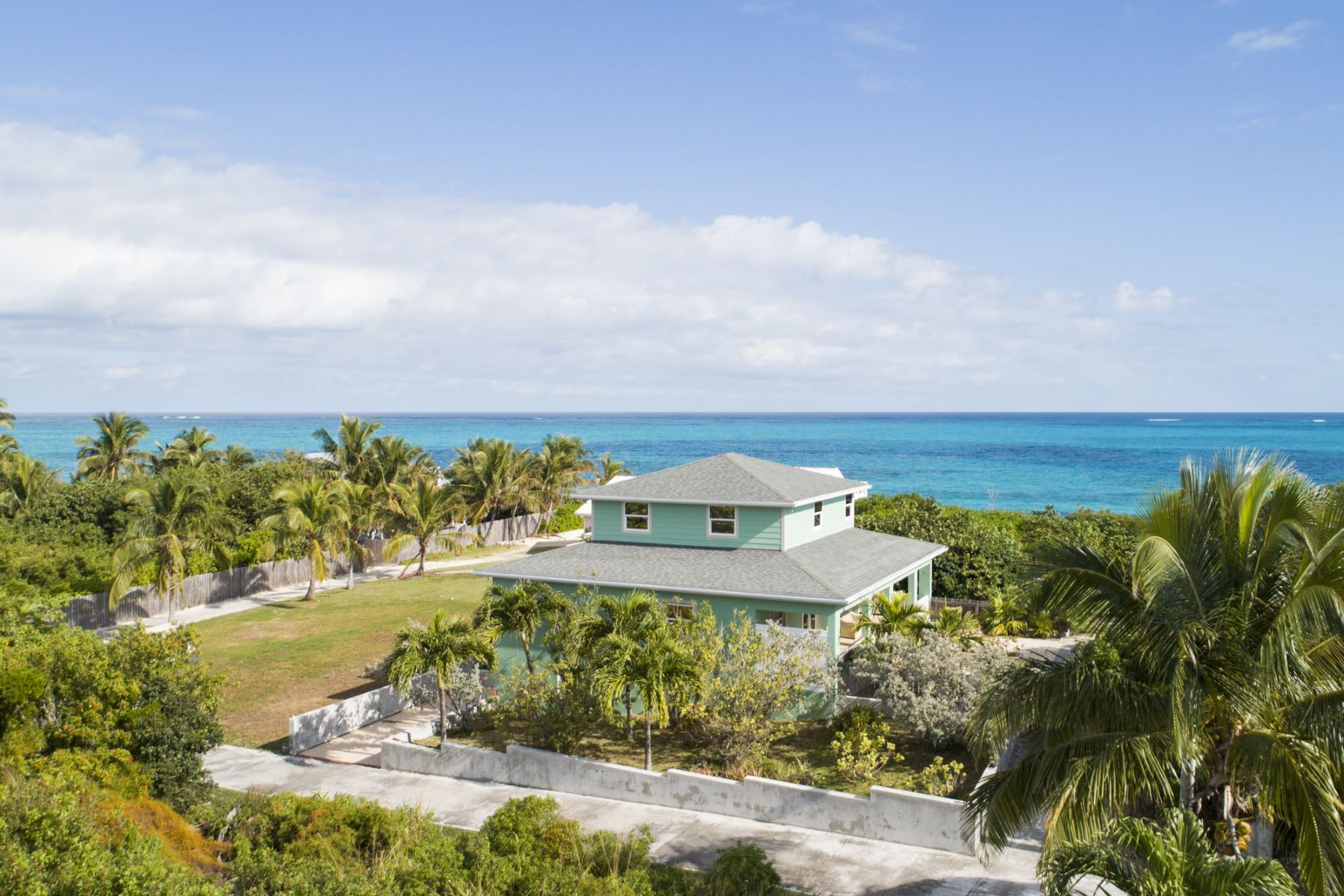Vivienda unifamiliar por un Venta en Room With A View Man-O-War Cay, Abaco Bahamas