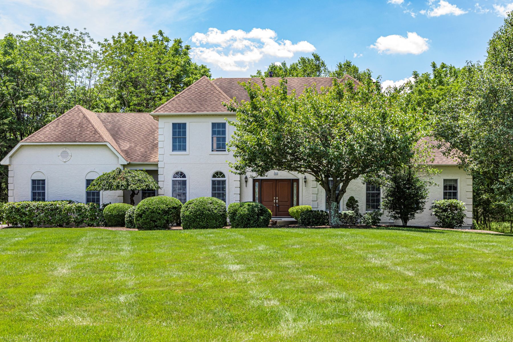 Single Family Homes for Sale at Sun Soaked And Stately 102 Montfort Drive Belle Mead, New Jersey 08502 United States