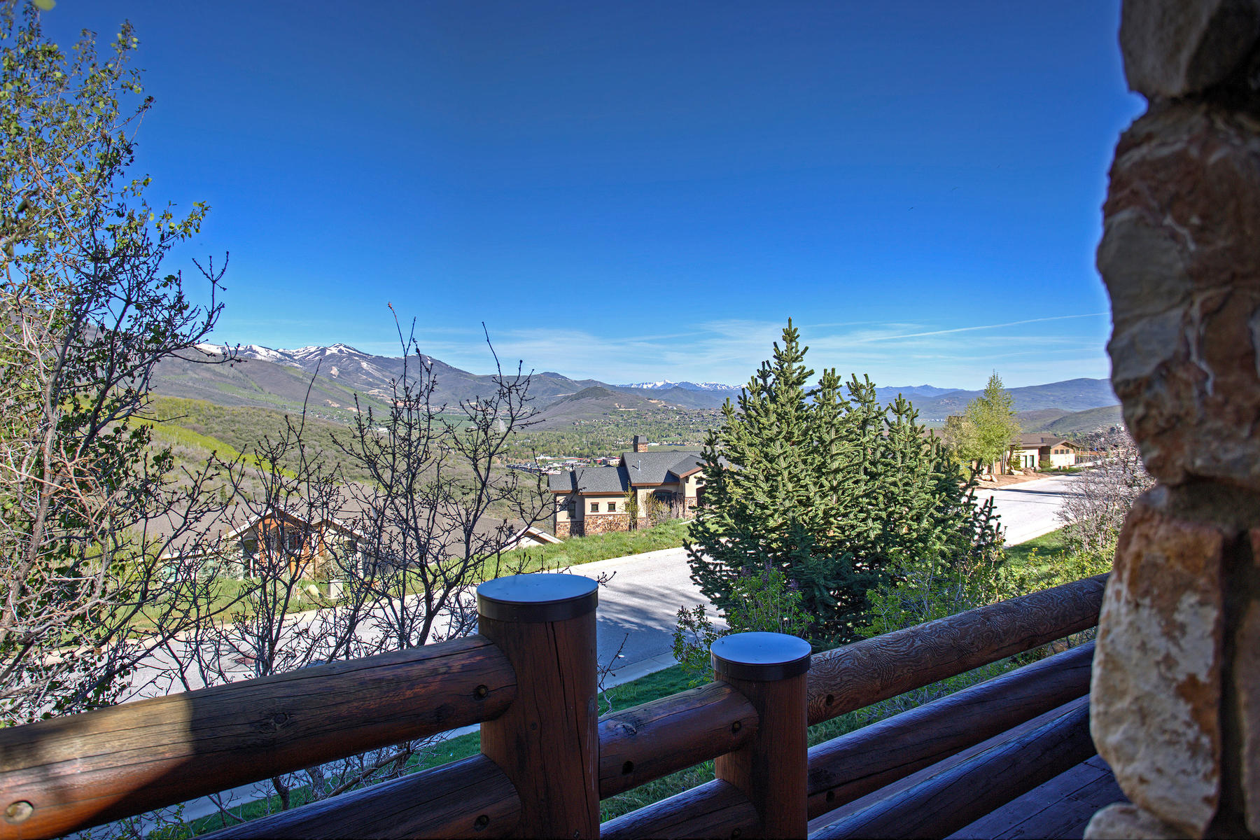 Additional photo for property listing at Your Perfect Deer Valley View Home is Here! 3316 Solamere Dr Park City, Utah 84060 United States