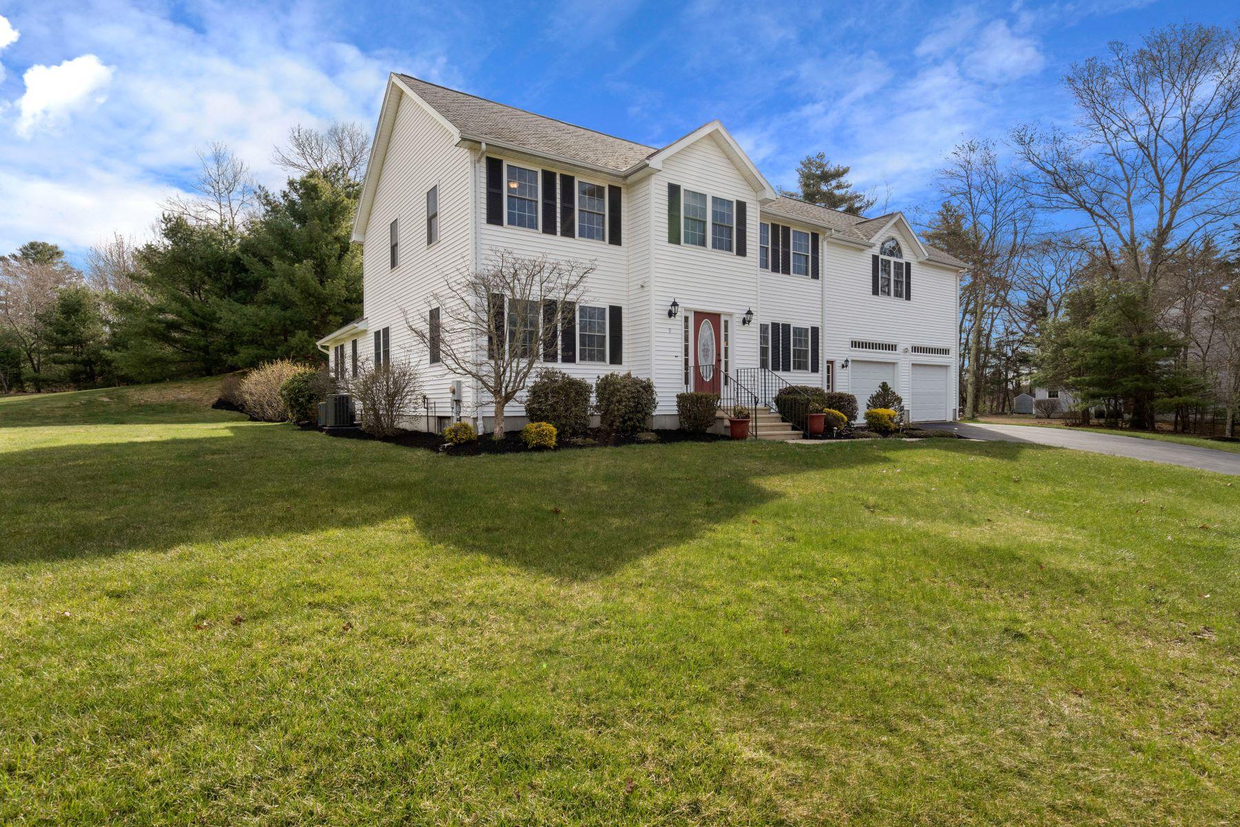 Single Family Homes للـ Sale في 9 Rose Road 9 Rose Rd, Millis, Massachusetts 02054 United States