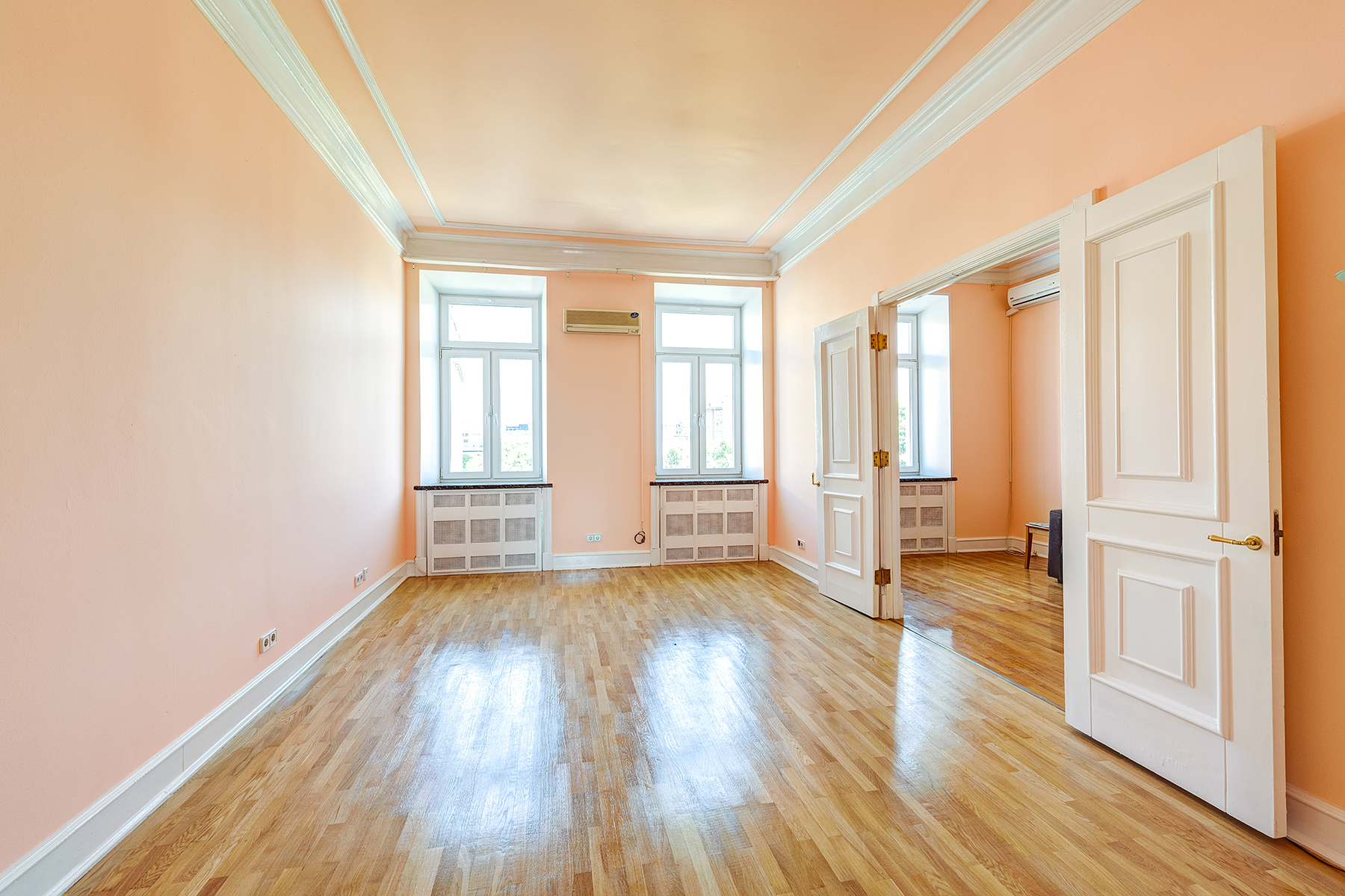 Single Family Home for Rent at The apartment in Denezhny Lane Moscow, Moscow City, Russia