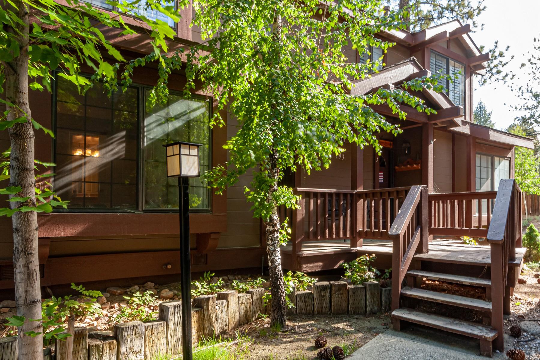 Propriété pour l Vente à 793 Cienega Rd, #B. Big Bear Lake, California, 92315 793 Cienega Road #B, Big Bear Lake, Californie 92315 États-Unis