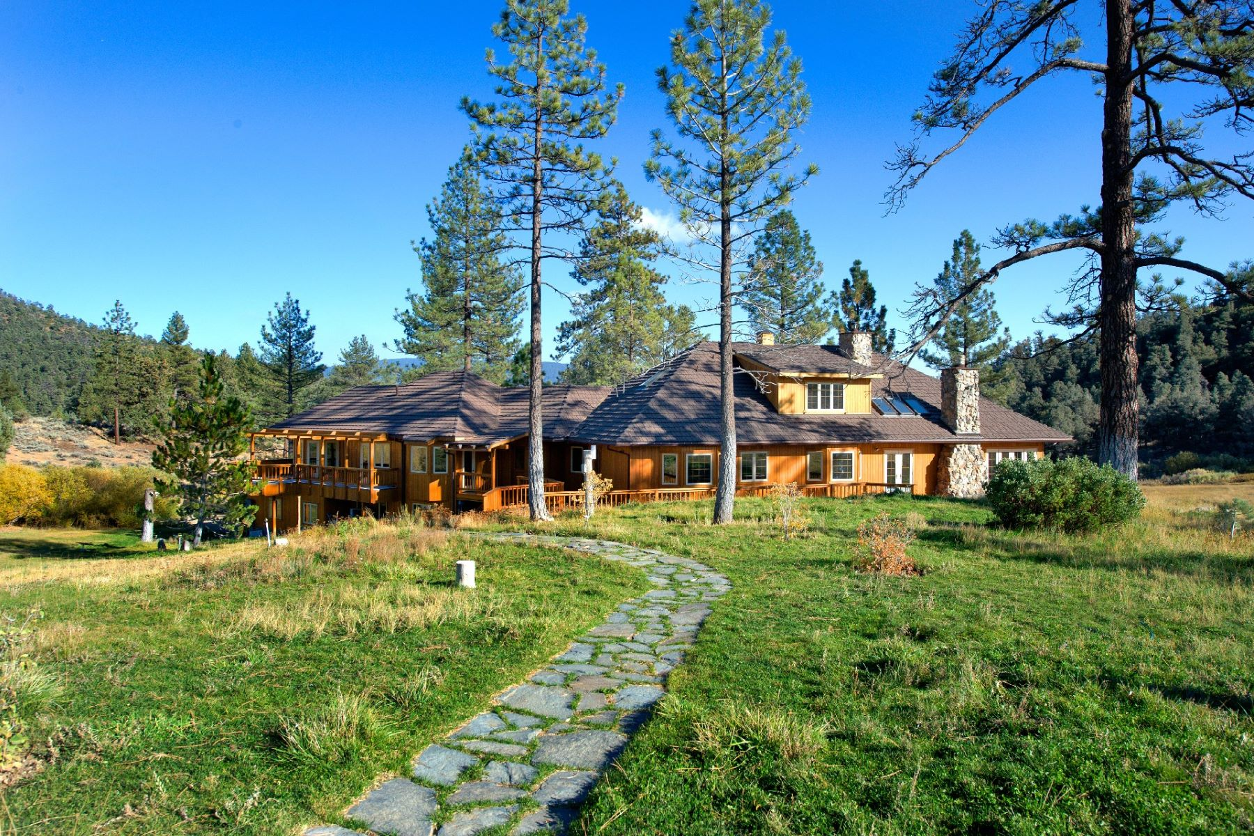 Ферма / ранчо / плантация для того Продажа на Spring Valley Ranch - Rare Mountain Valley Equestrian Property 33224 Seymour Canyon Road Lockwood, Калифорния 93225 Соединенные Штаты