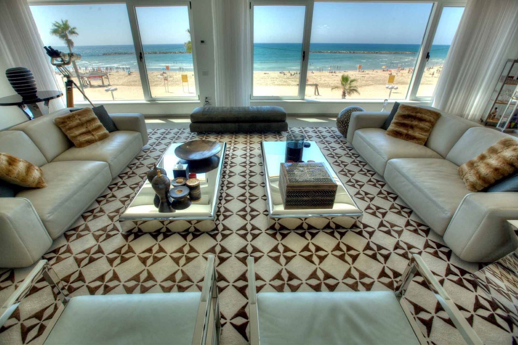Appartement pour l Vente à Villa style penthouse by the sea Tel Aviv, Israel 6801805 Israël
