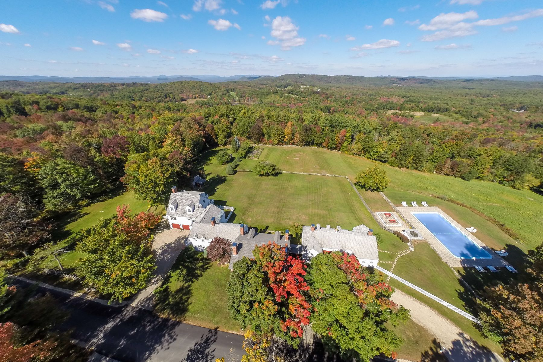 Single Family Homes for Sale at Antique Beauty on over 62 Acres 534 Mountain Road Francestown, New Hampshire 03043 United States