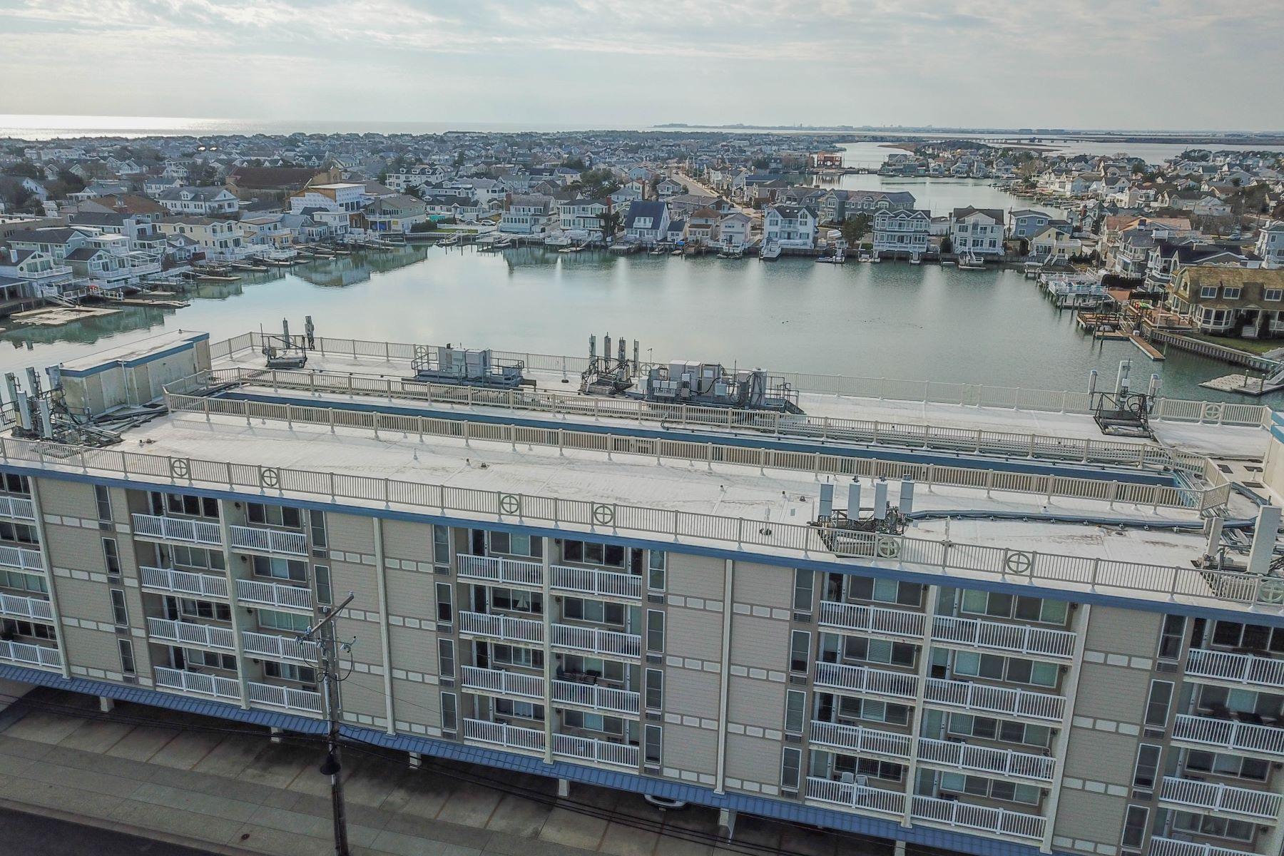 Кондоминиум для того Продажа на Downtown Stone Harbor Condo 351 96th Street Unit 209, Stone Harbor, Нью-Джерси 08247 Соединенные Штаты