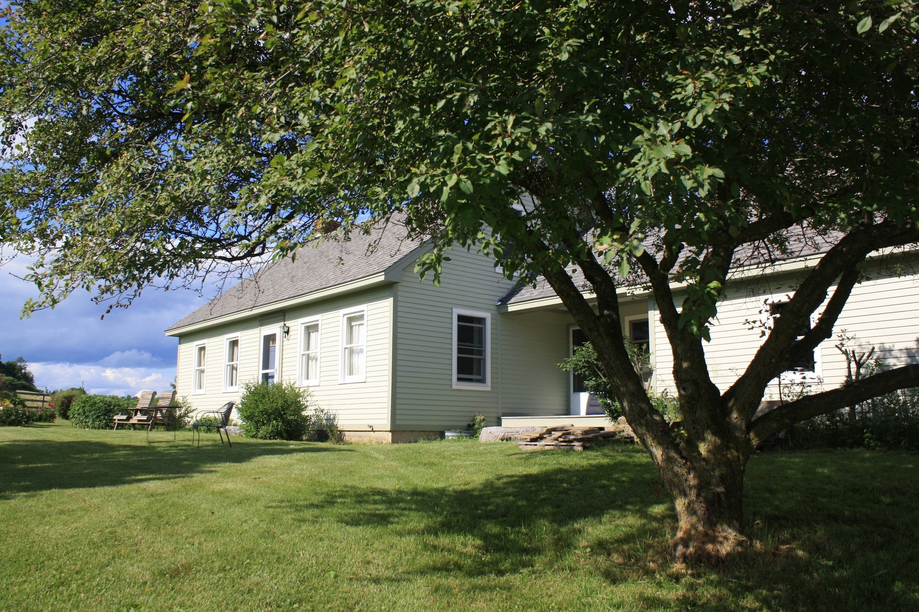 single family homes for Sale at 829 South Street, New Haven 829 South St New Haven, Vermont 05472 United States