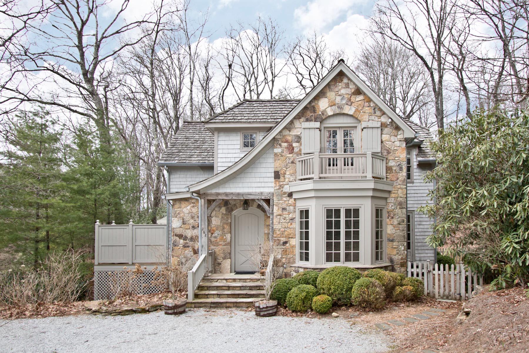 Частный односемейный дом для того Продажа на 262 Biscuit Rock Road Highlands, Северная Каролина, 28741 Соединенные Штаты