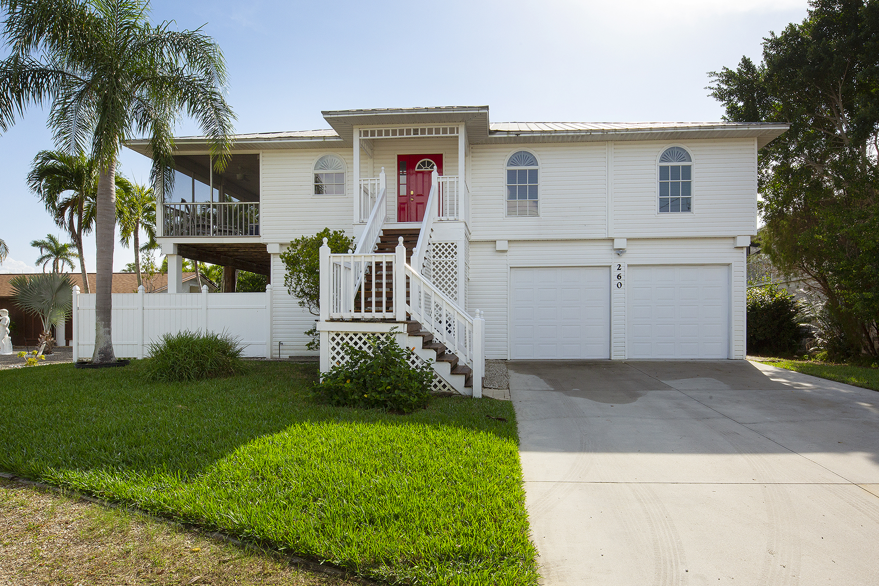single family homes for Active at 260 Curlew Street Fort Myers Beach, Florida 33931 United States