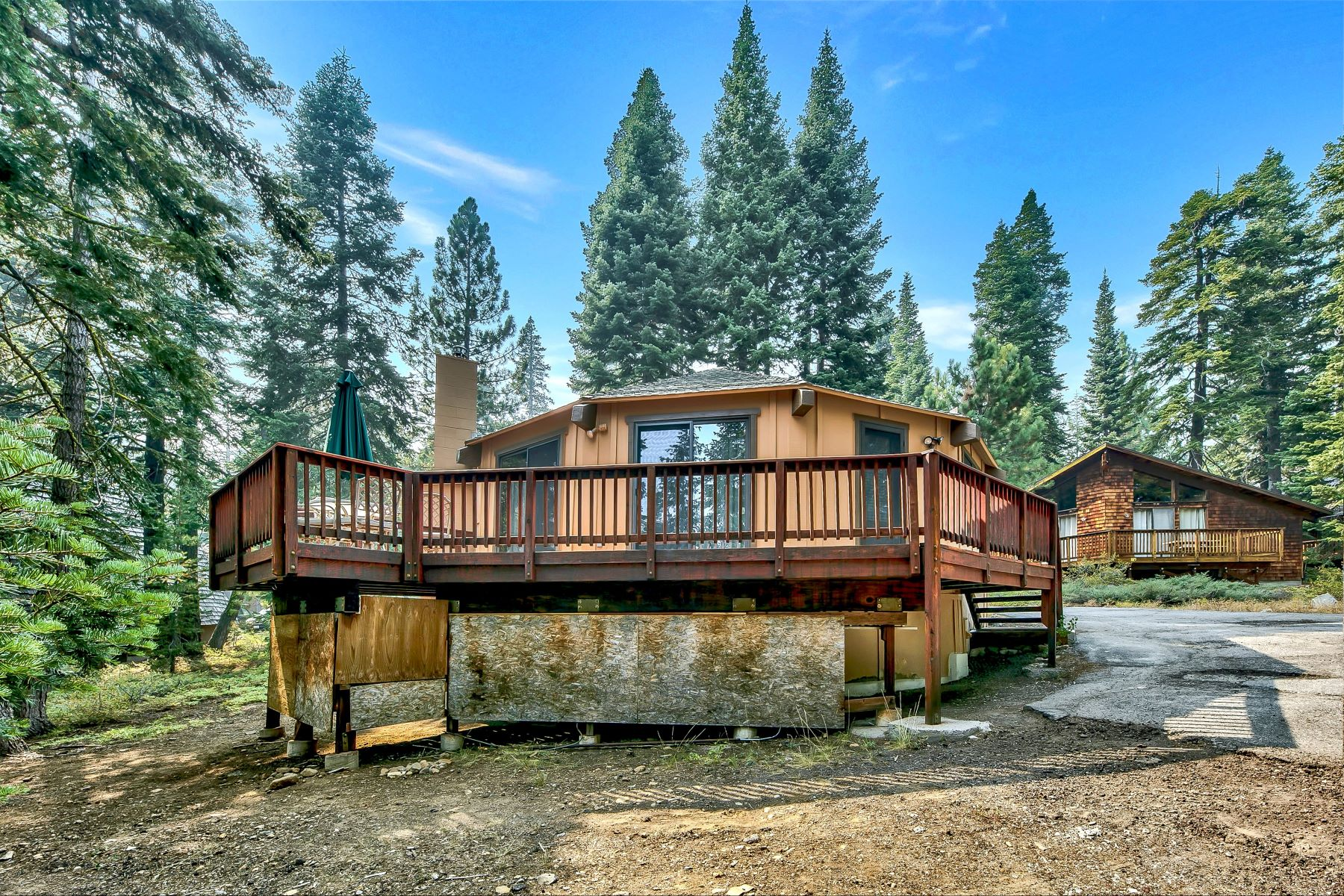 Additional photo for property listing at Unique Cabin in the Woods 450 John Cain Tahoe City, California 96145 United States