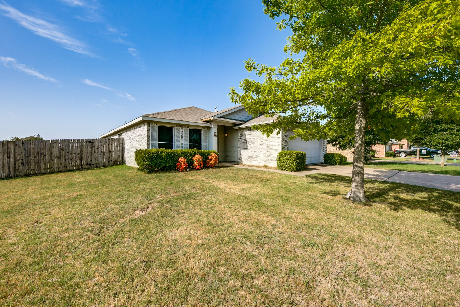 Single Family Homes for Sale at Corner Lot ! 2000 Fairview Drive Forney, Texas 75126 United States