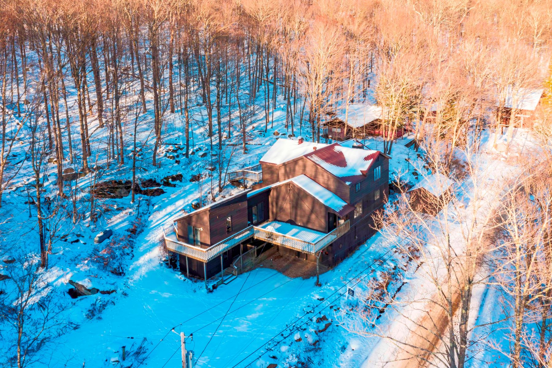 Single Family Homes for Sale at Hollywood Hills Duplex 367 Hollywood Road Old Forge, New York 13420 United States