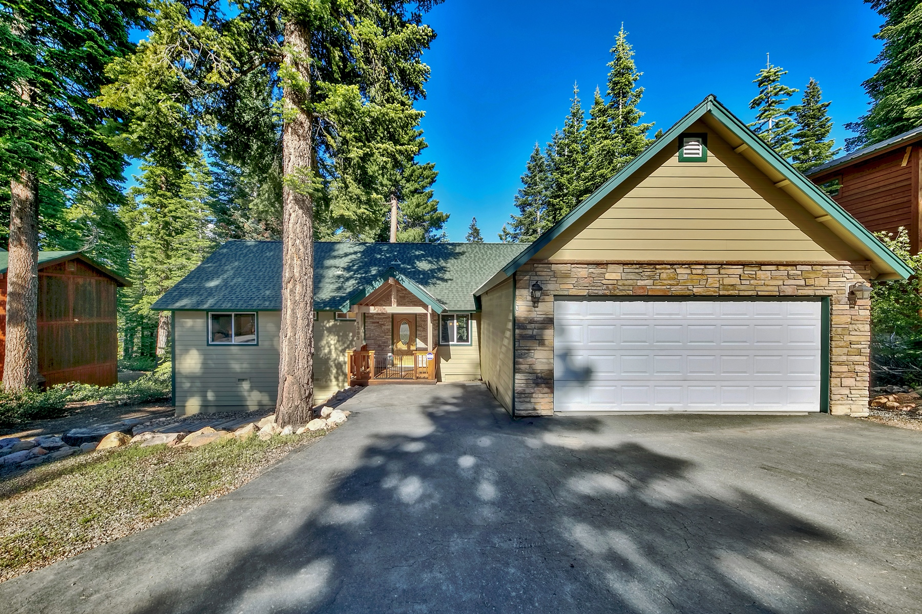 Single Family Homes for Active at 1383 Kings Vista Court, Tahoe Vista, CA 1383 Kings Vista Court Tahoe Vista, California 96148 United States