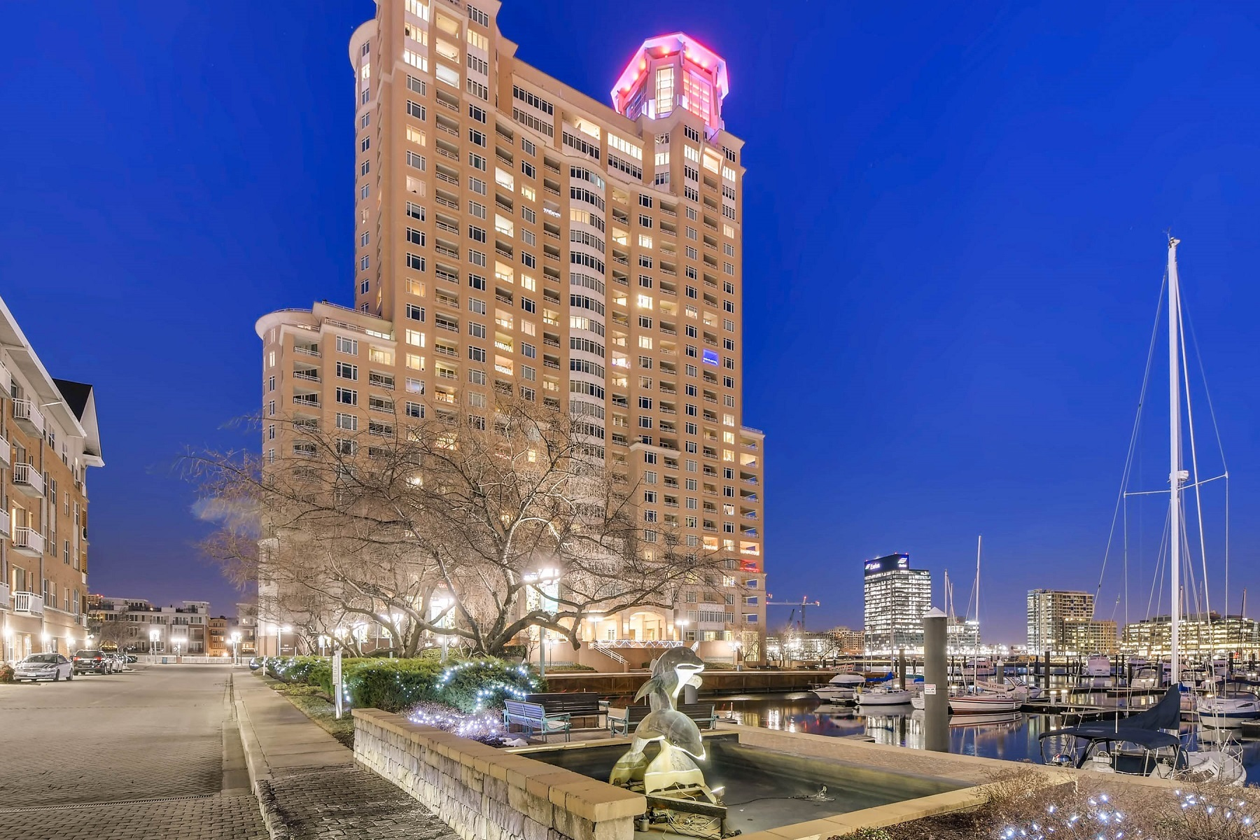 Condominiums for Sale at 100 Harborview Drive #1901, Baltimore, Maryland 21230 United States