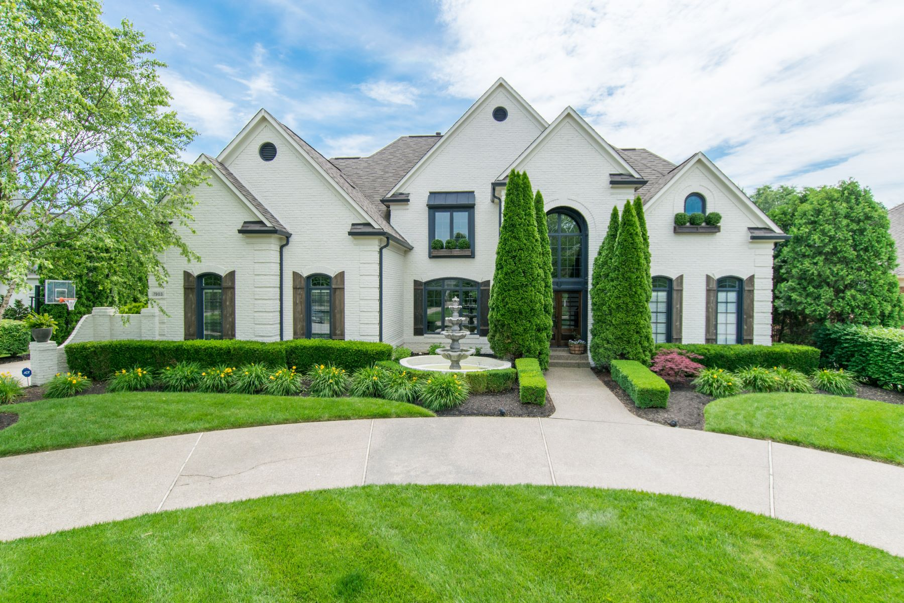 Single Family Home for Sale at 7903 Innisbrook Court Prospect, Kentucky 40059 United States